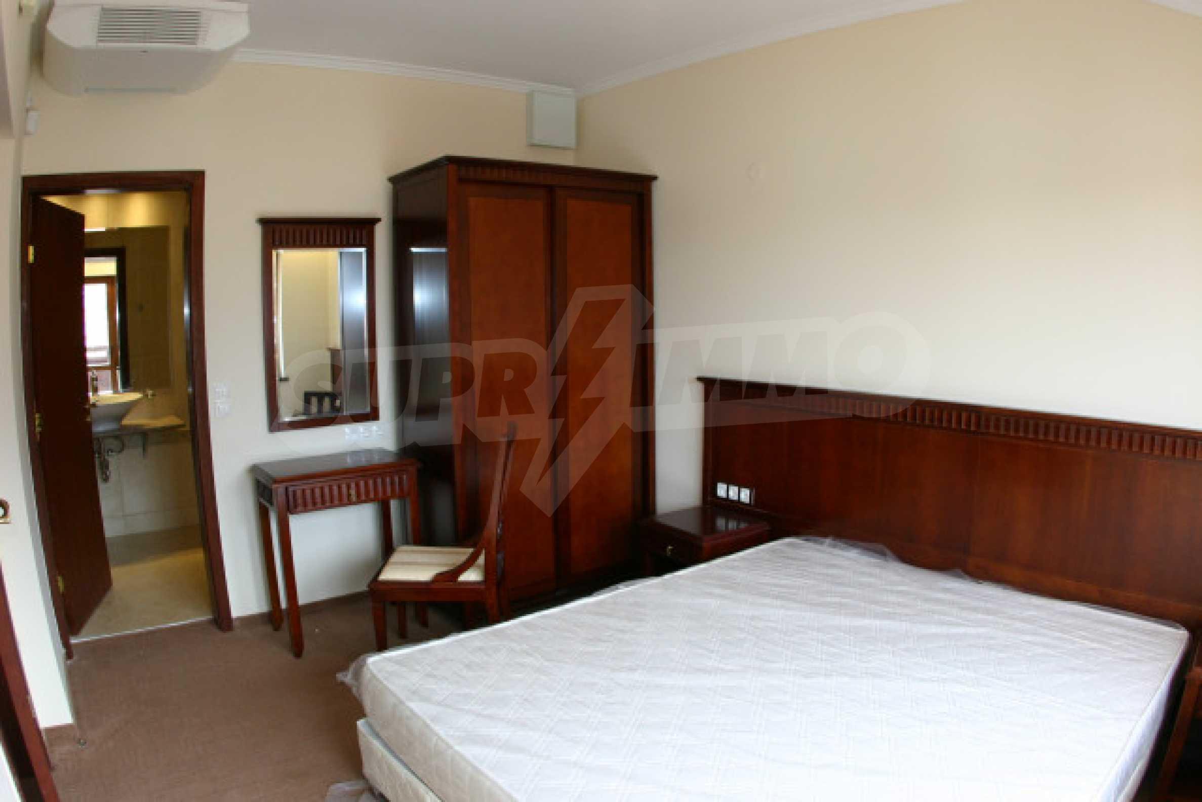 Двухкомнатный апартамент на продажу в Банско 4