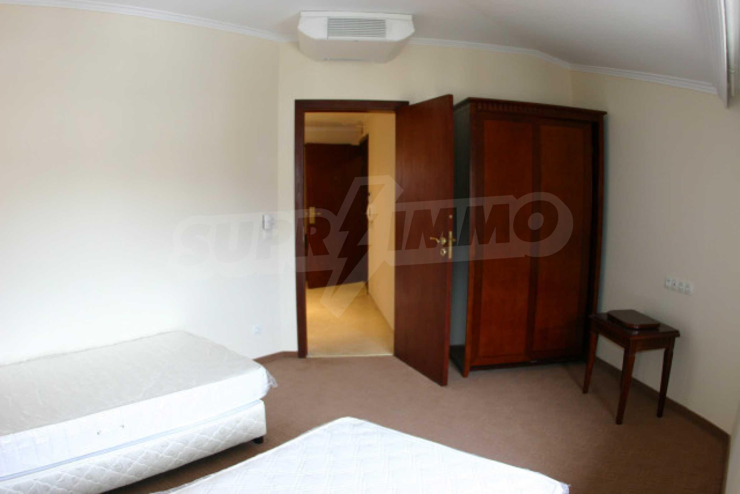 Двухкомнатный апартамент на продажу в Банско 7