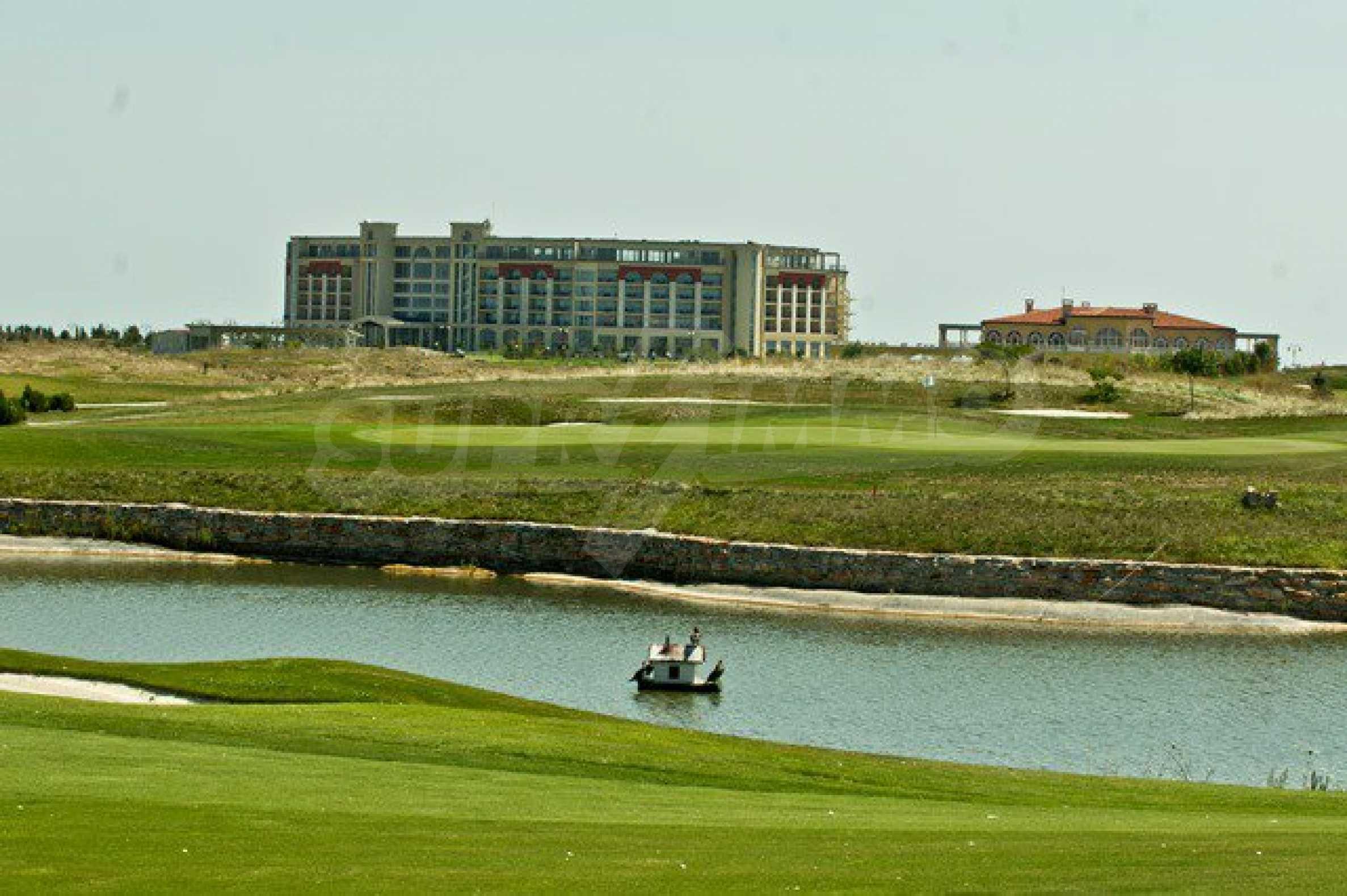 Lighthouse Golf Resort & Spa 6