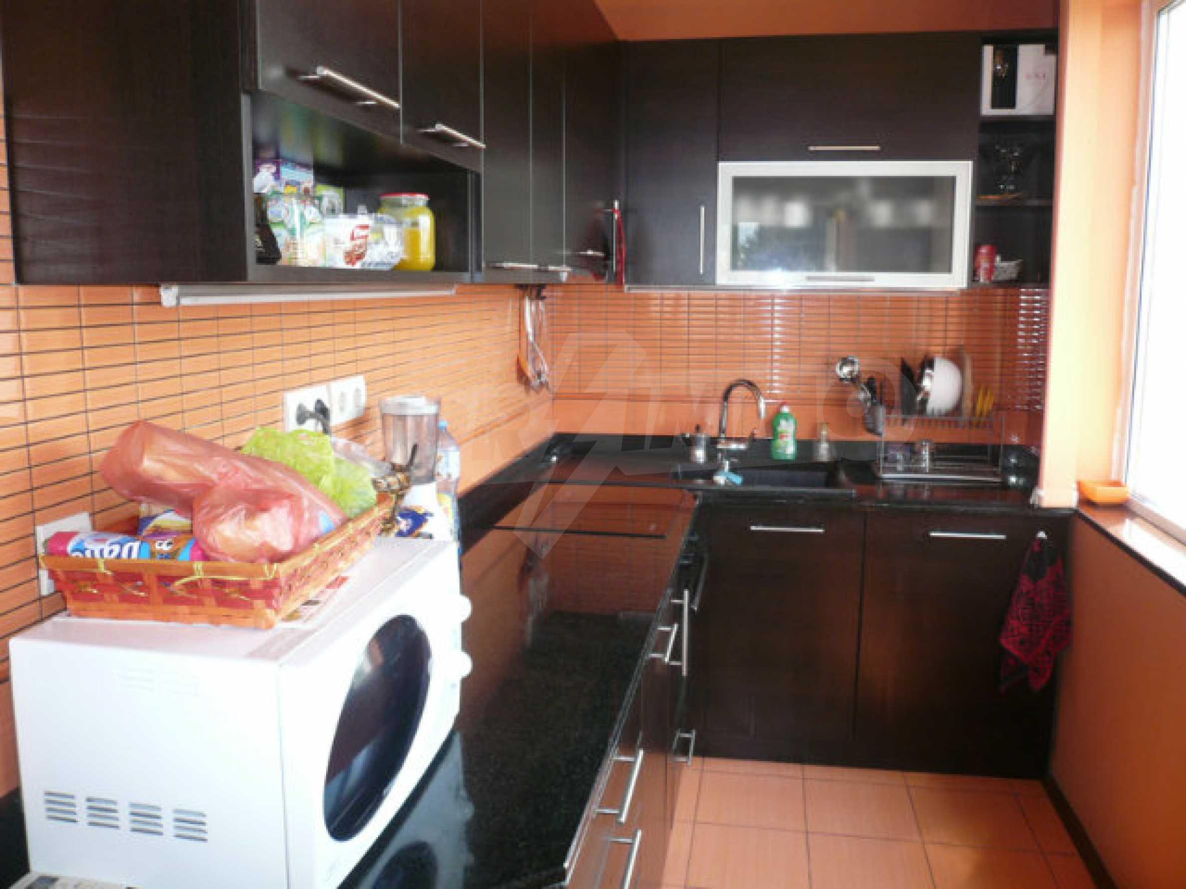 Schöne Wohnung mit zwei Schlafzimmern zum Verkauf im Zentrum von Vidin 3