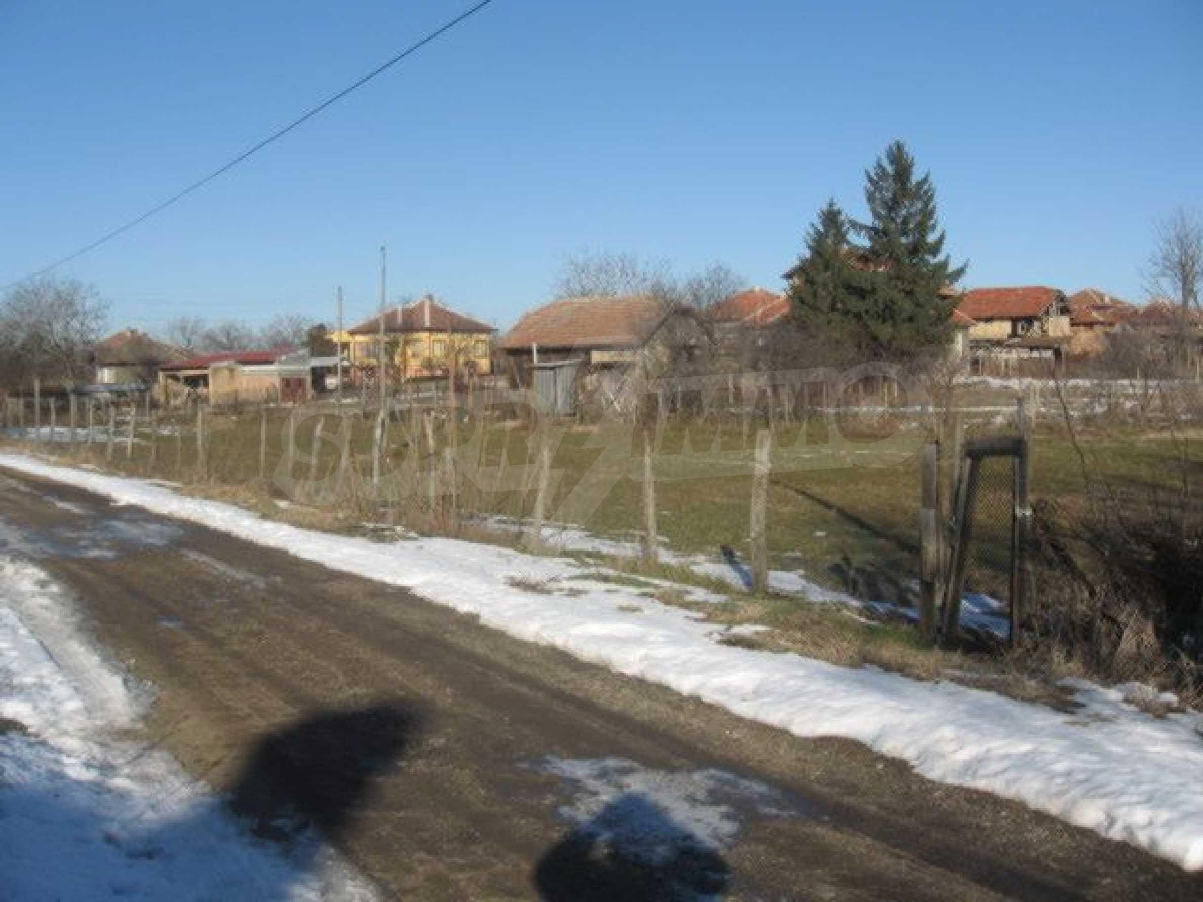 Участок под строительство возле Дунай мост 2, г. Видин 3