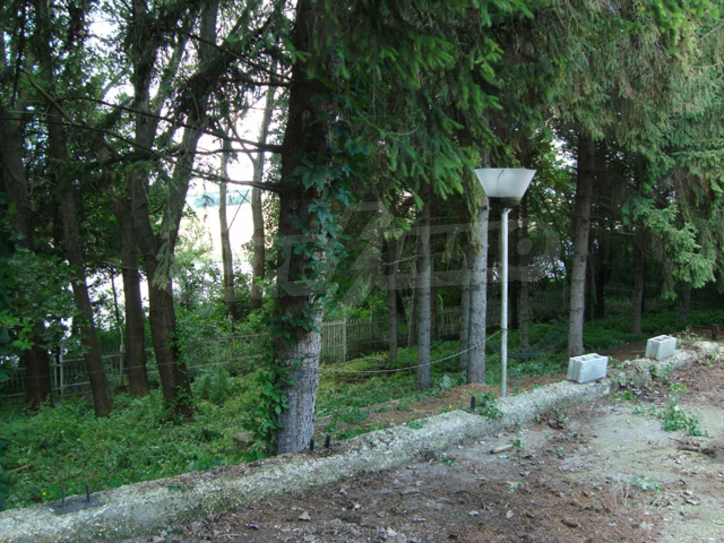 Хижа на брега на язовир Николаевка 18