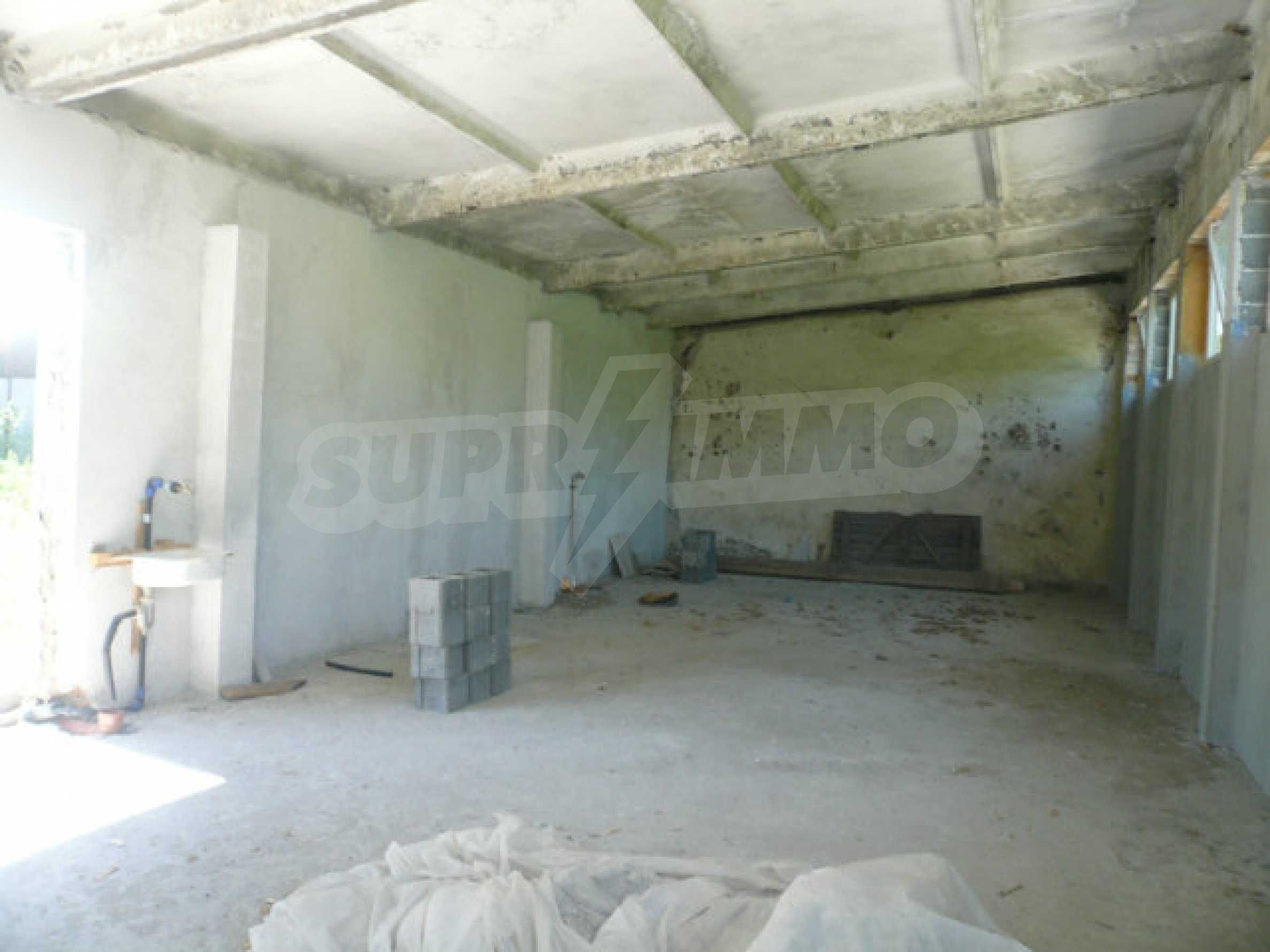 Large plot of development land in the industrial zone 2