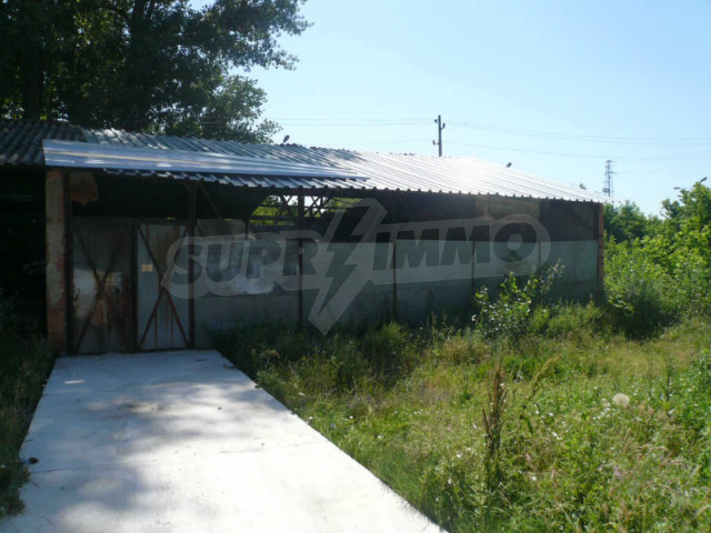 Large plot of development land in the industrial zone 3