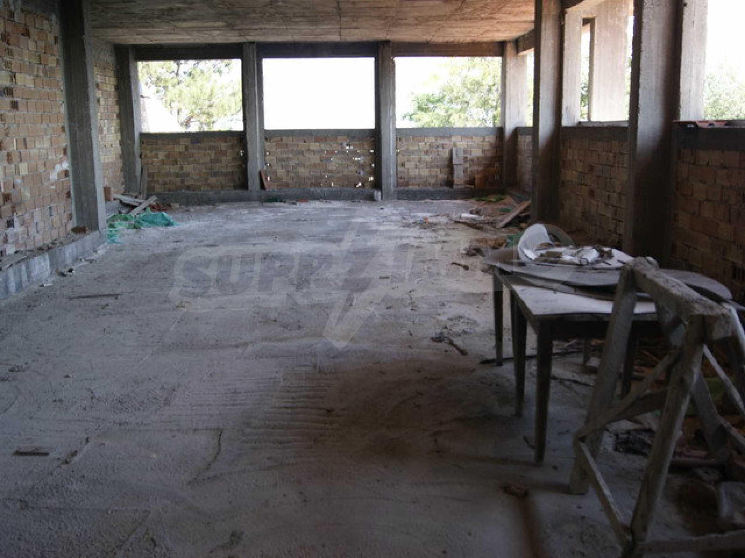 Raues Bauhotel mit herrlicher Aussicht in der Nähe von Veliko Tarnovo 12