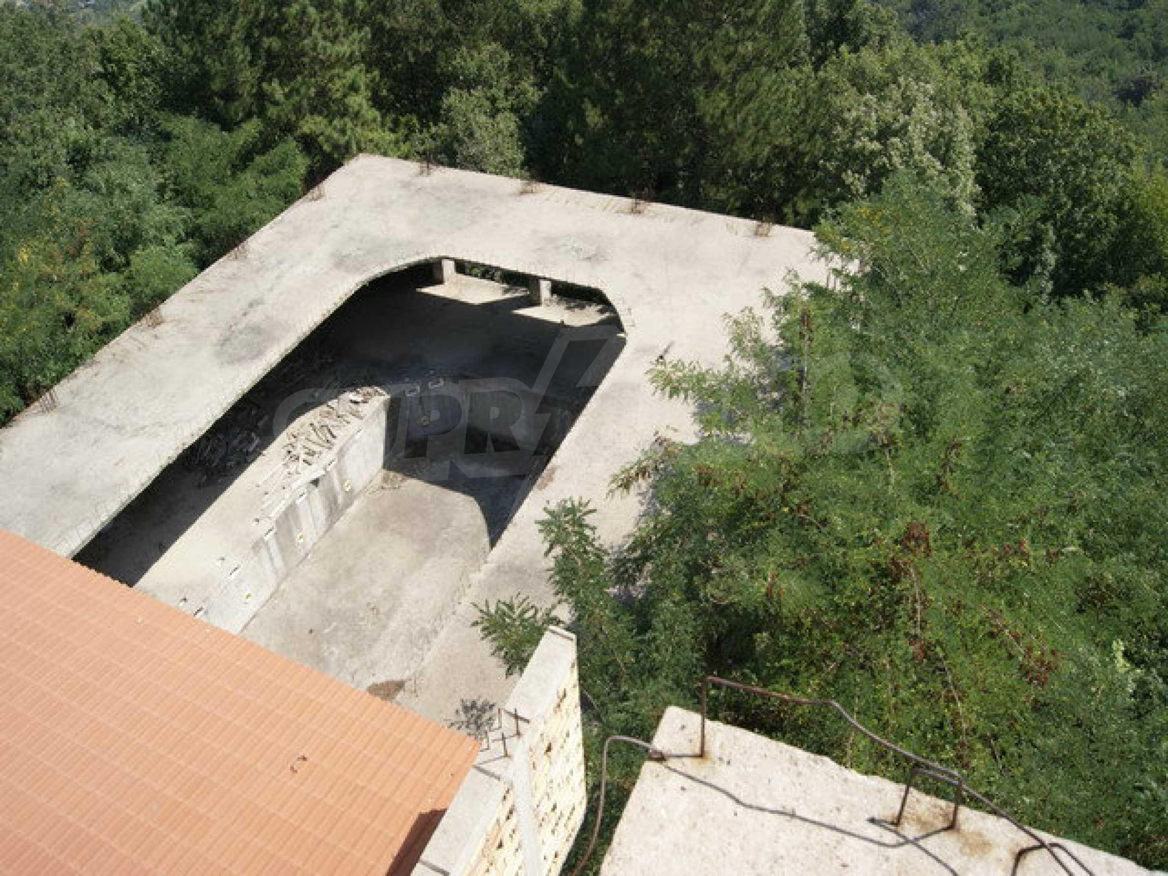 Raues Bauhotel mit herrlicher Aussicht in der Nähe von Veliko Tarnovo 16