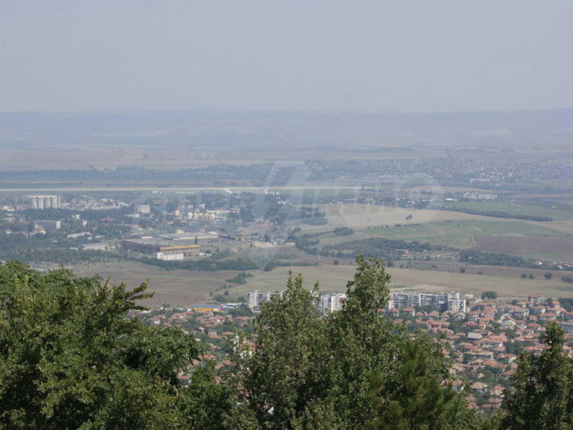 Raues Bauhotel mit herrlicher Aussicht in der Nähe von Veliko Tarnovo 40