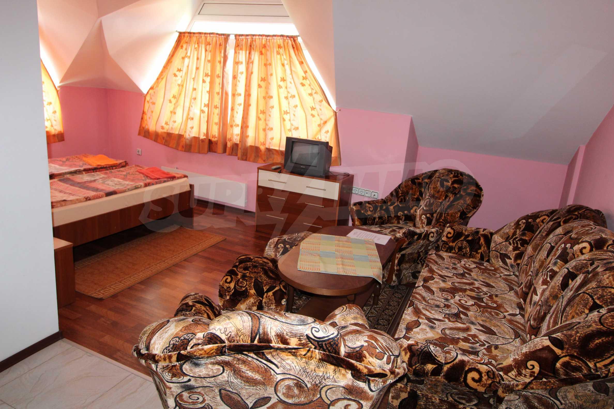 Двустаен апартамент в Банско 1