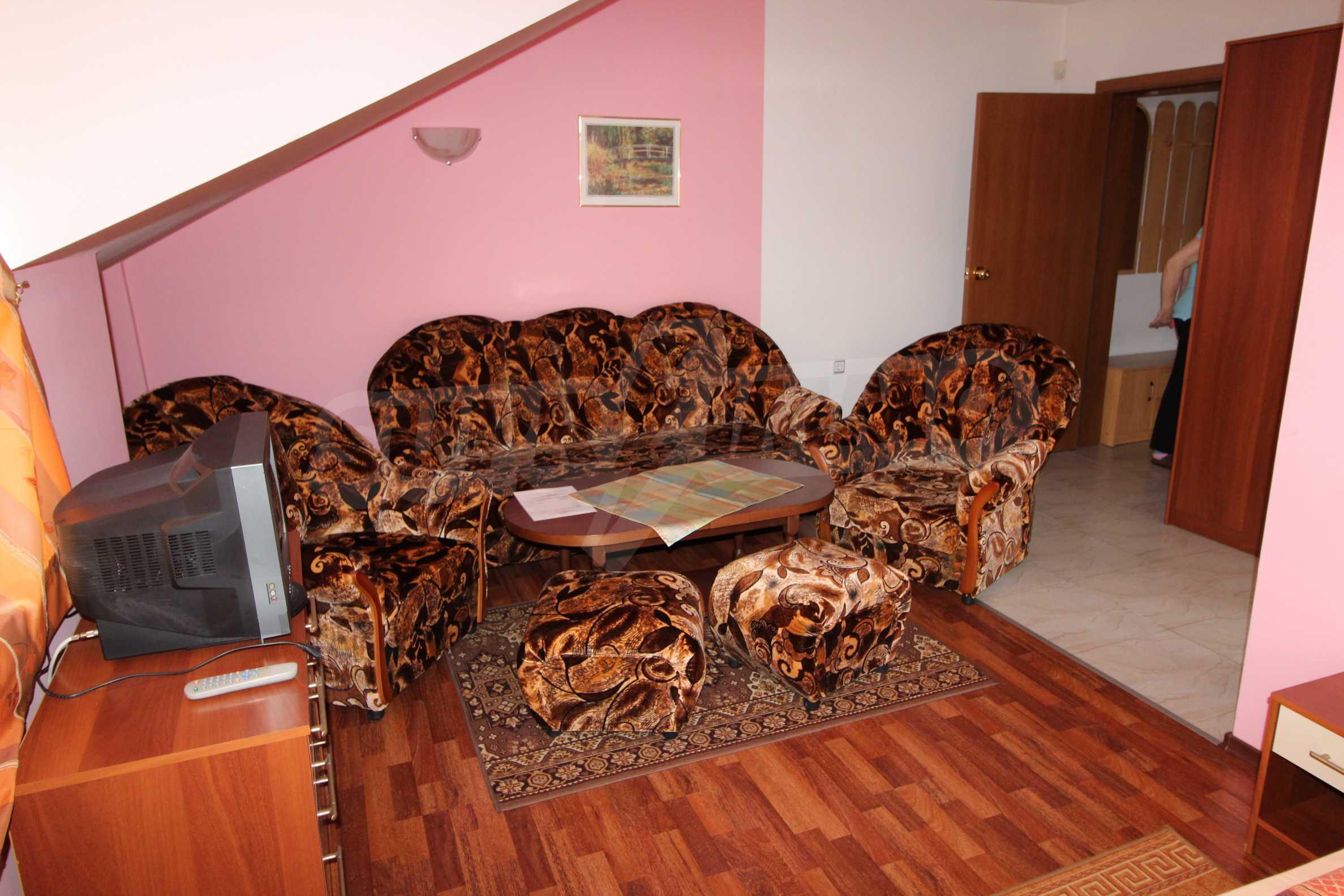 Двустаен апартамент в Банско 5