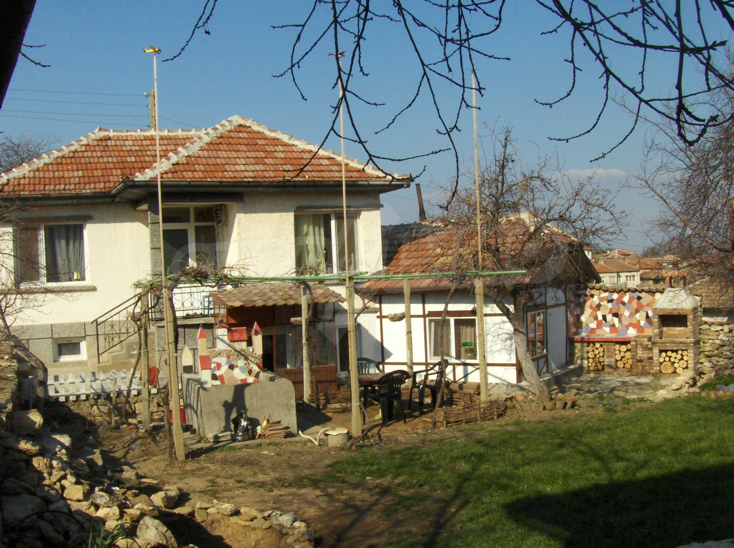 Fully renovated and furnished house with lovely views close to Veliko Tarnovo