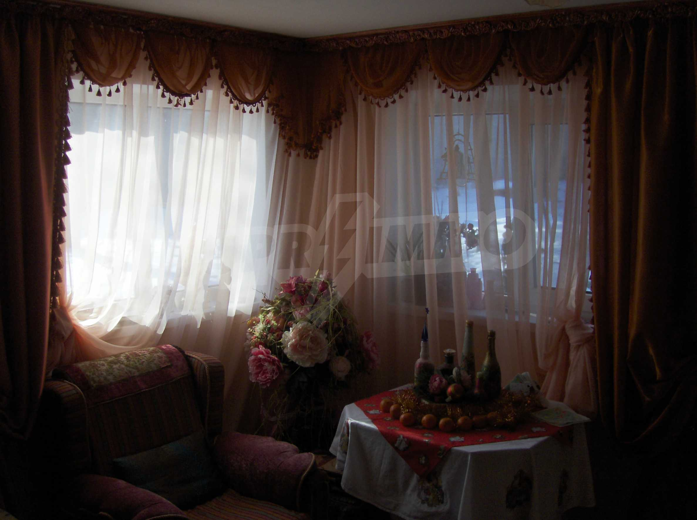 Fully renovated and furnished house with lovely views close to Veliko Tarnovo 11