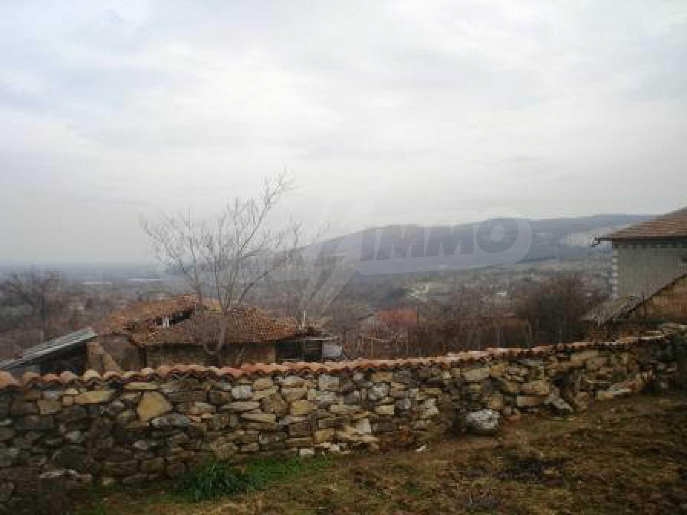 Fully renovated and furnished house with lovely views close to Veliko Tarnovo 31