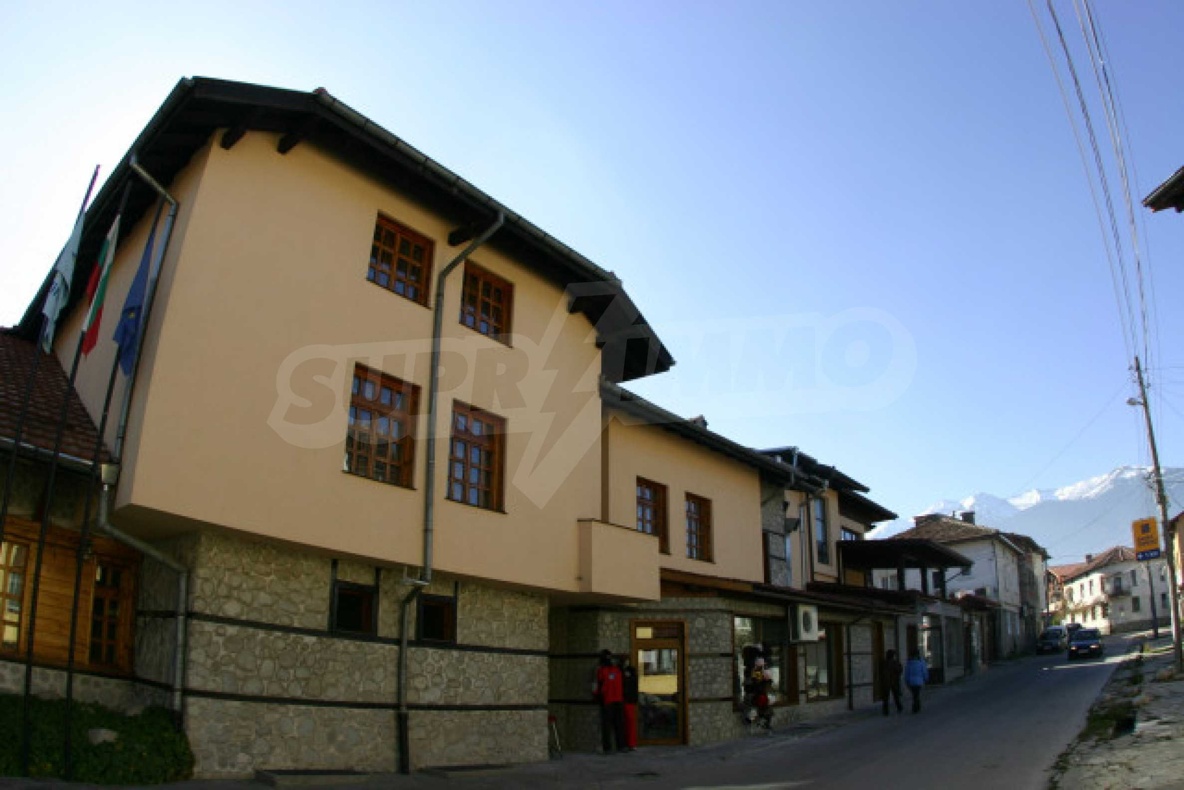 Hotel on the main shopping street of Bansko 2