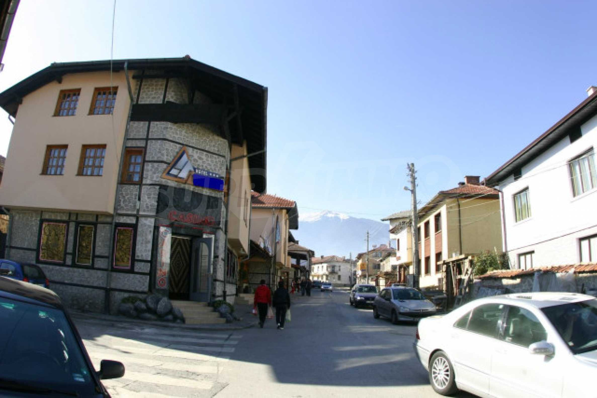 Hotel on the main shopping street of Bansko 4