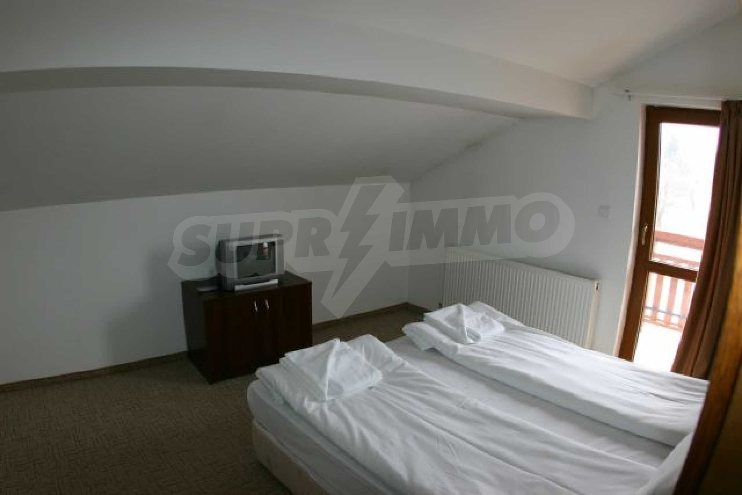 Елегантен хотел за продажба в ски курорта Банско 16