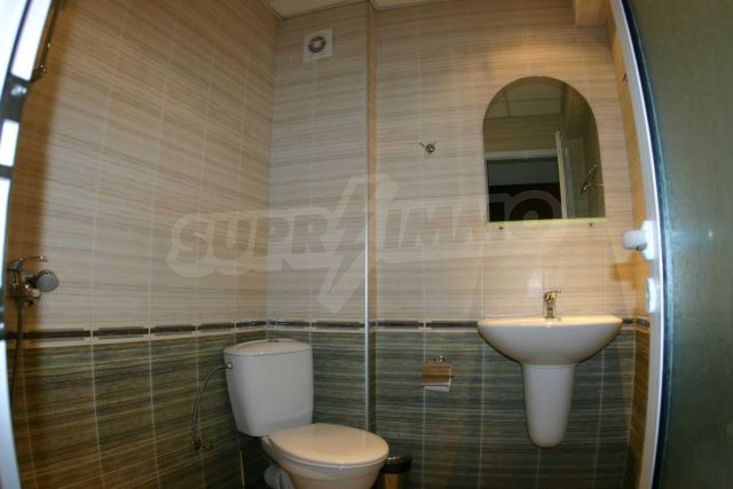 Елегантен хотел за продажба в ски курорта Банско 17