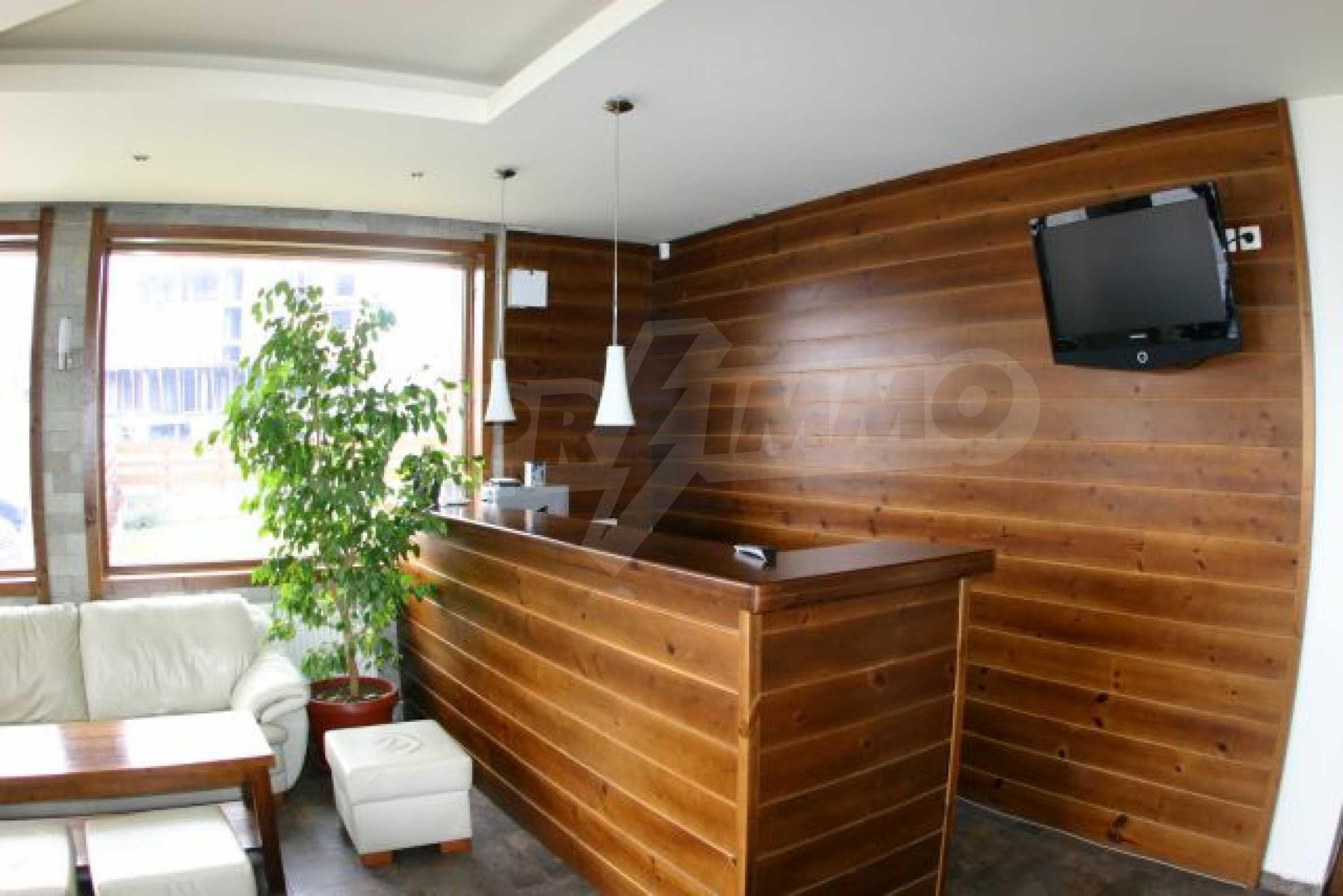 Елегантен хотел за продажба в ски курорта Банско 4