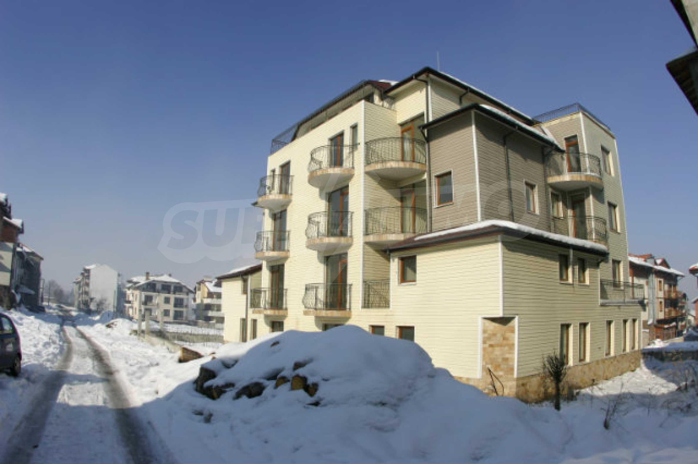 Residental building in Bansko 2