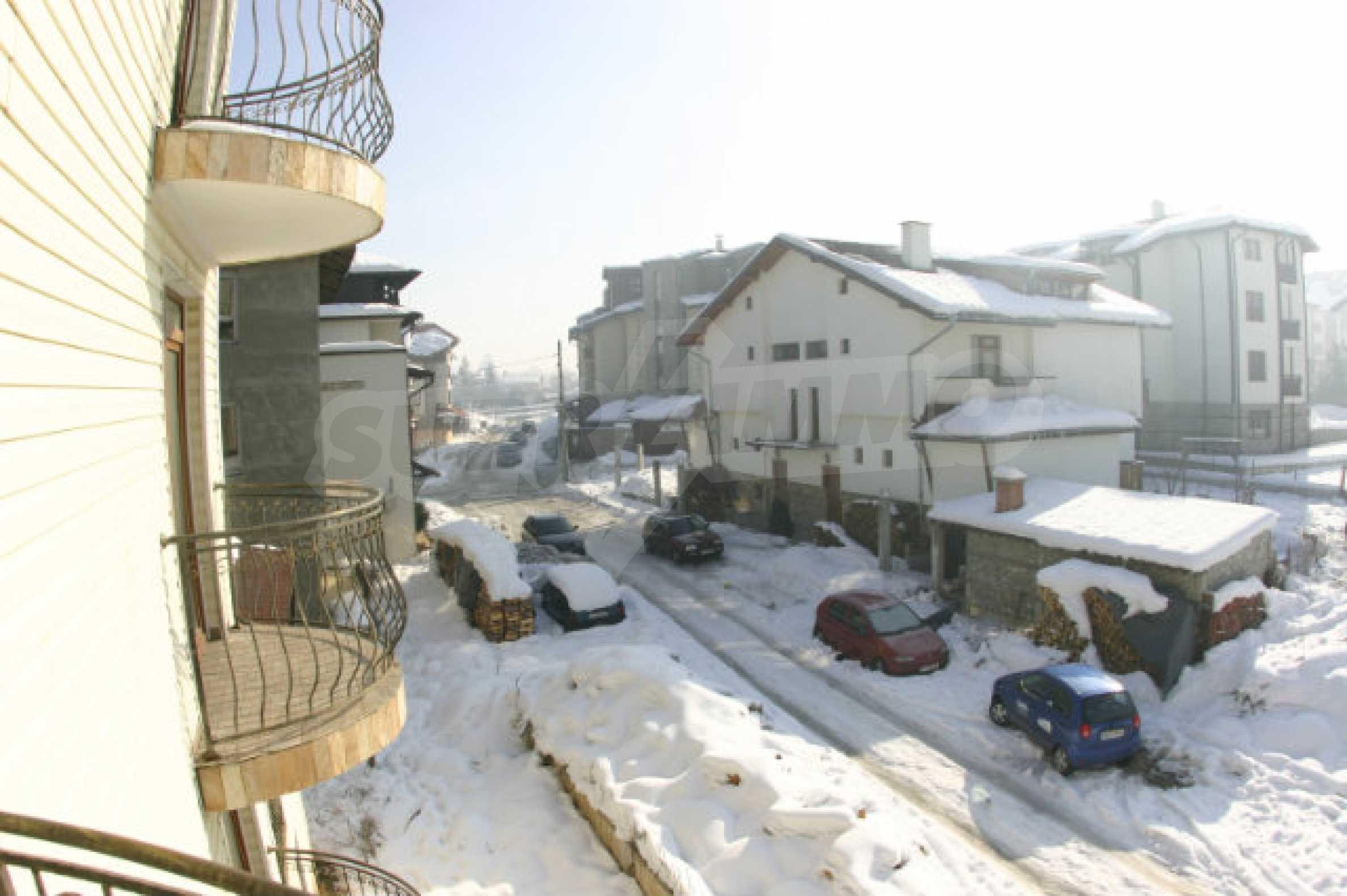 Residental building in Bansko 29