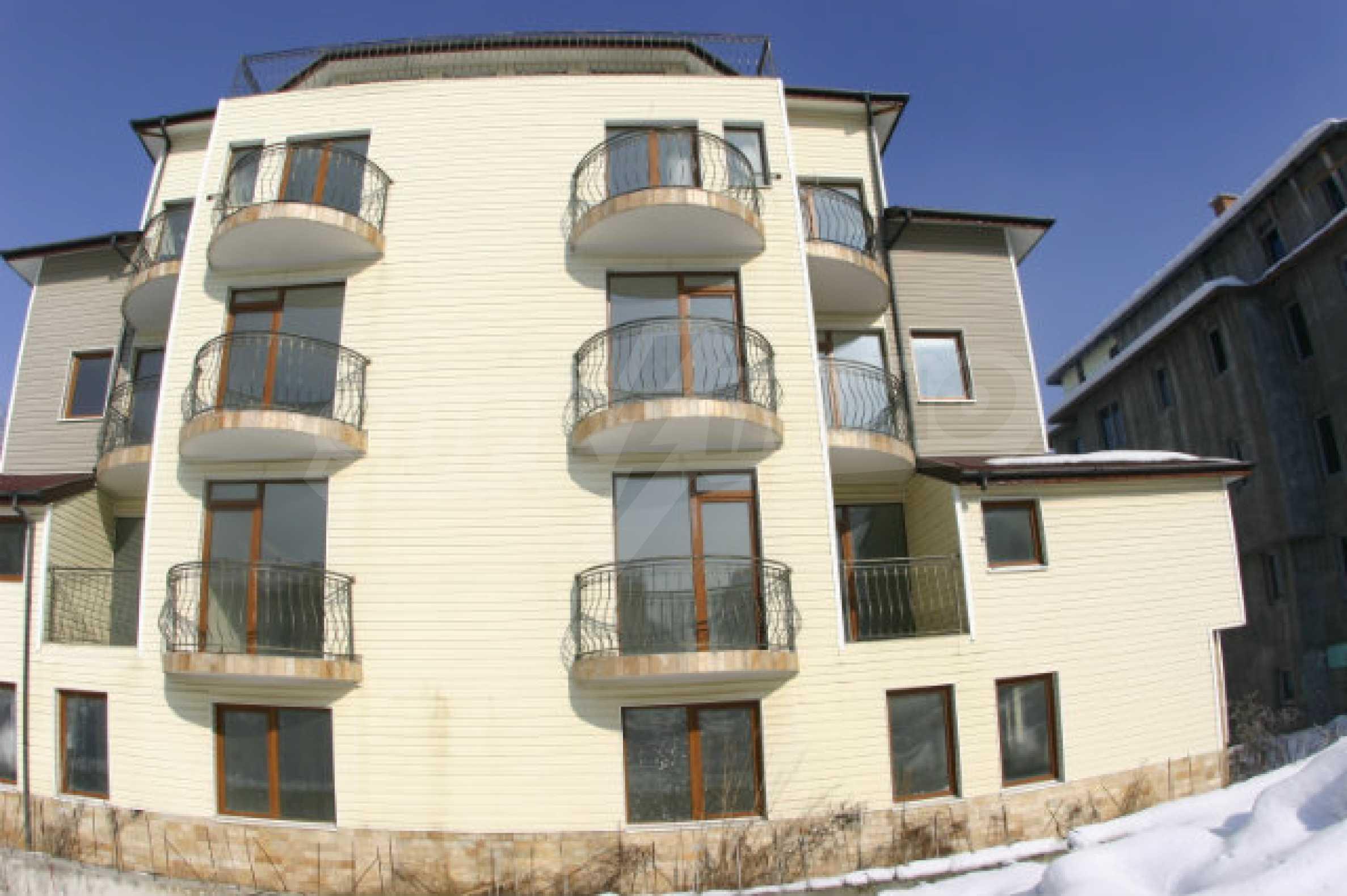 Residental building in Bansko 4