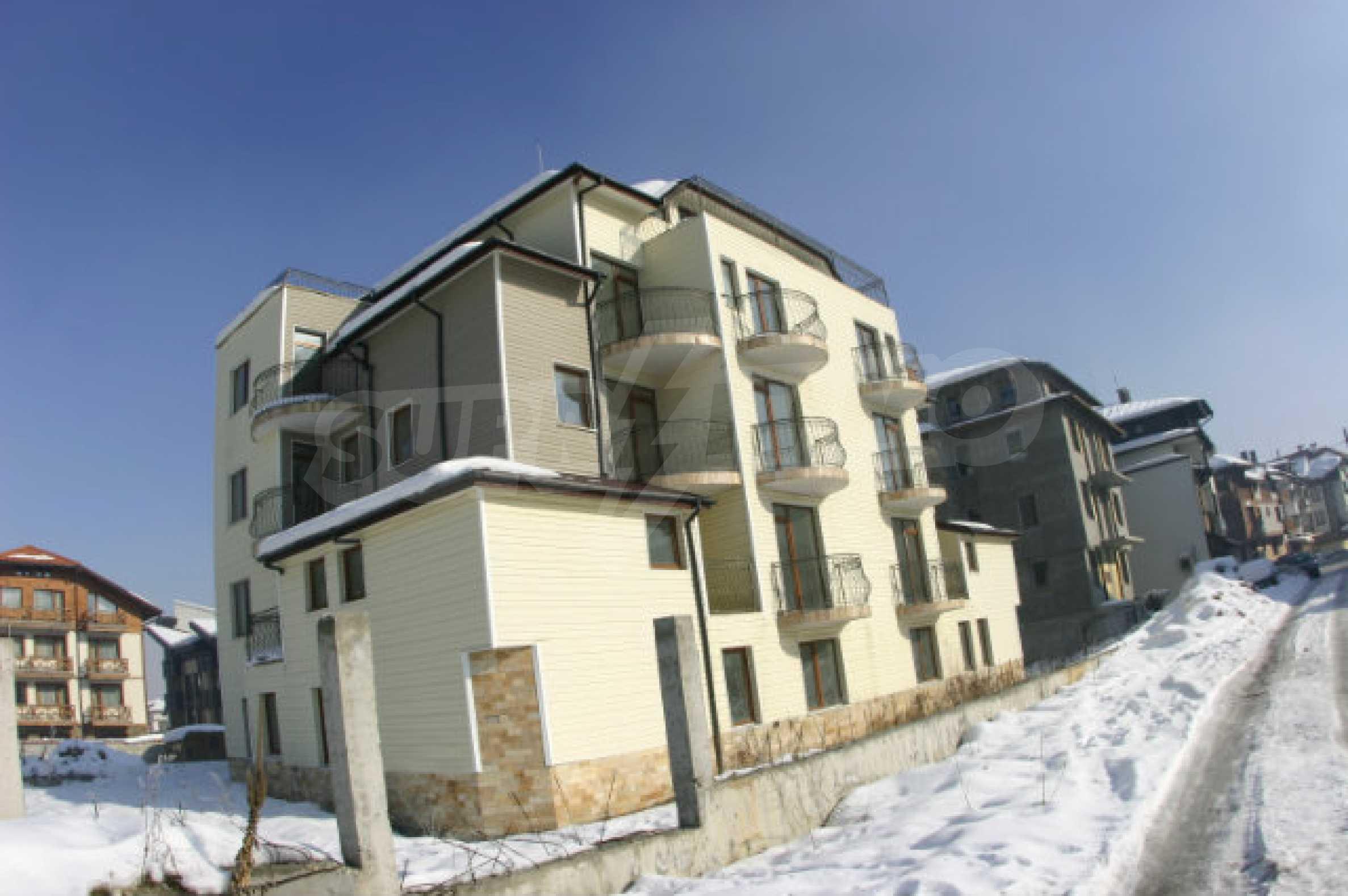 Residental building in Bansko 5