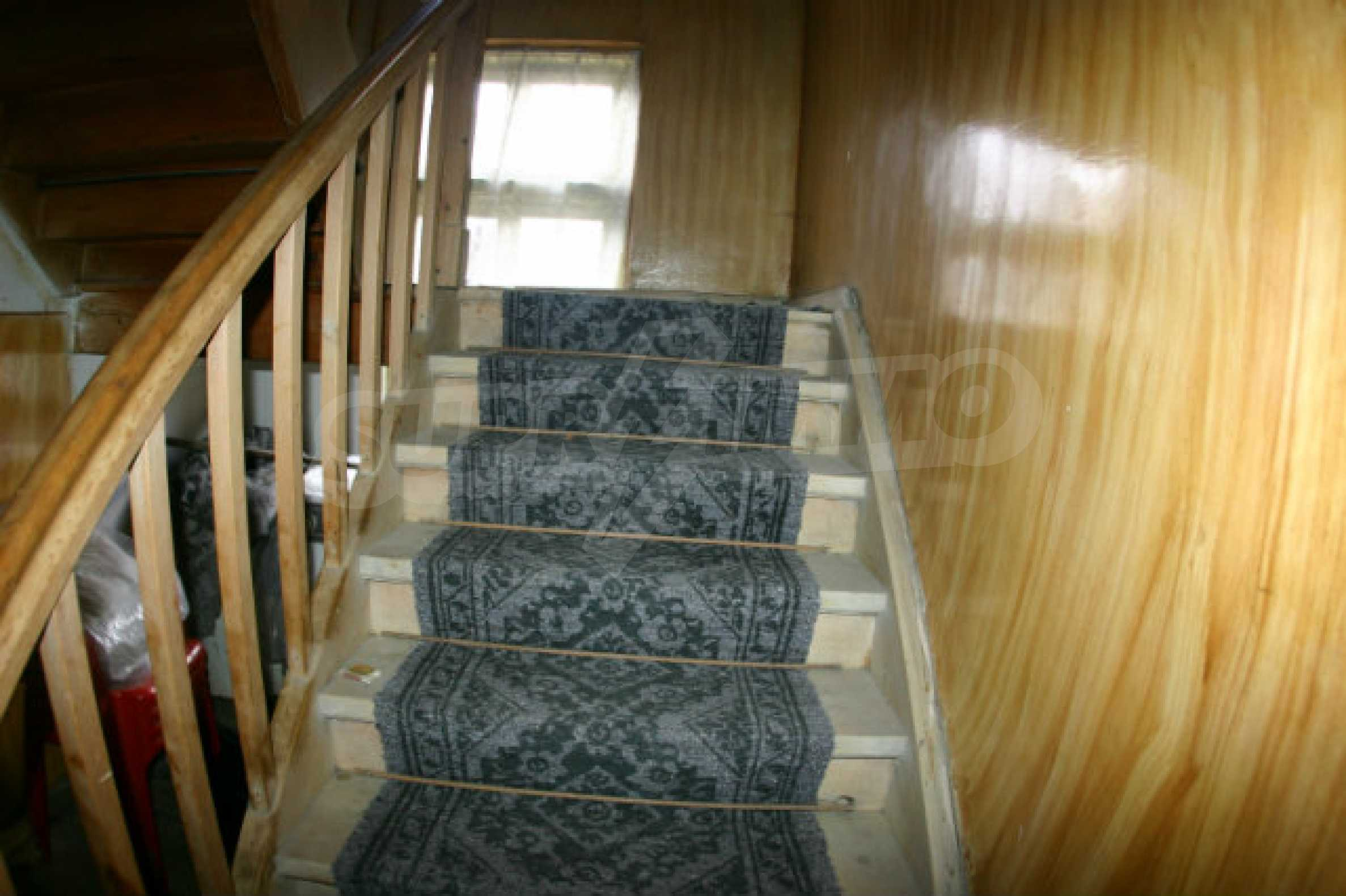 Two-storey house for sale in Bansko 11