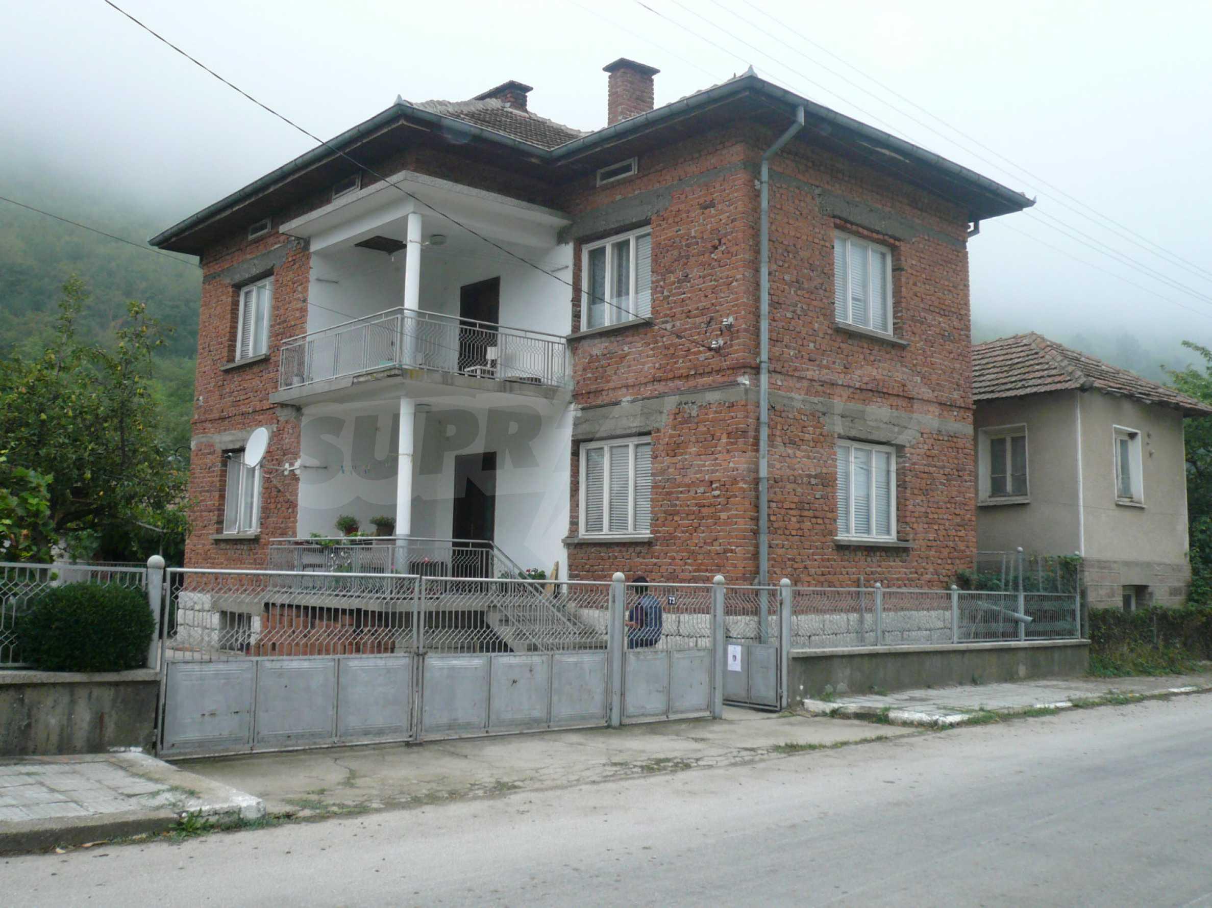 Wunderschönes massives Haus 27 km von Belogradchik entfernt