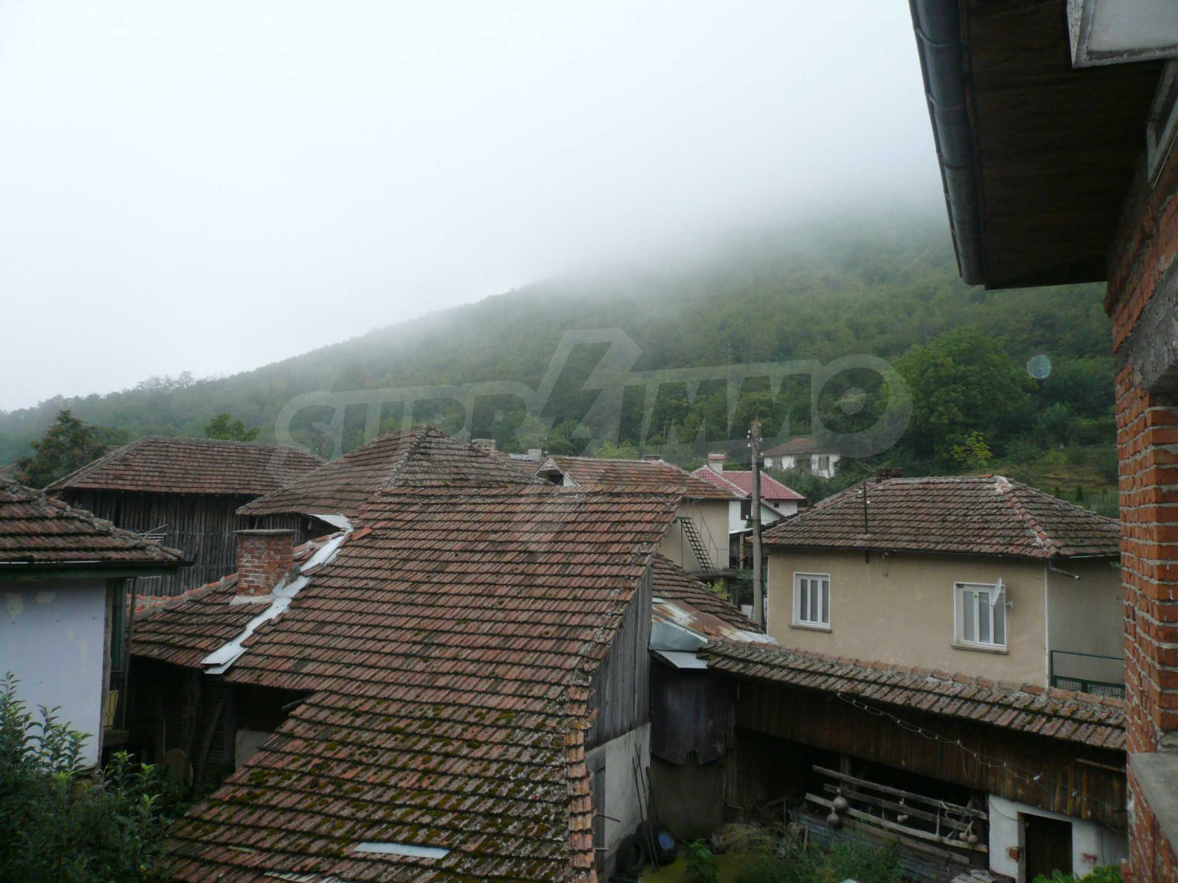 Nice solid house 27 km from Belogradchik 17