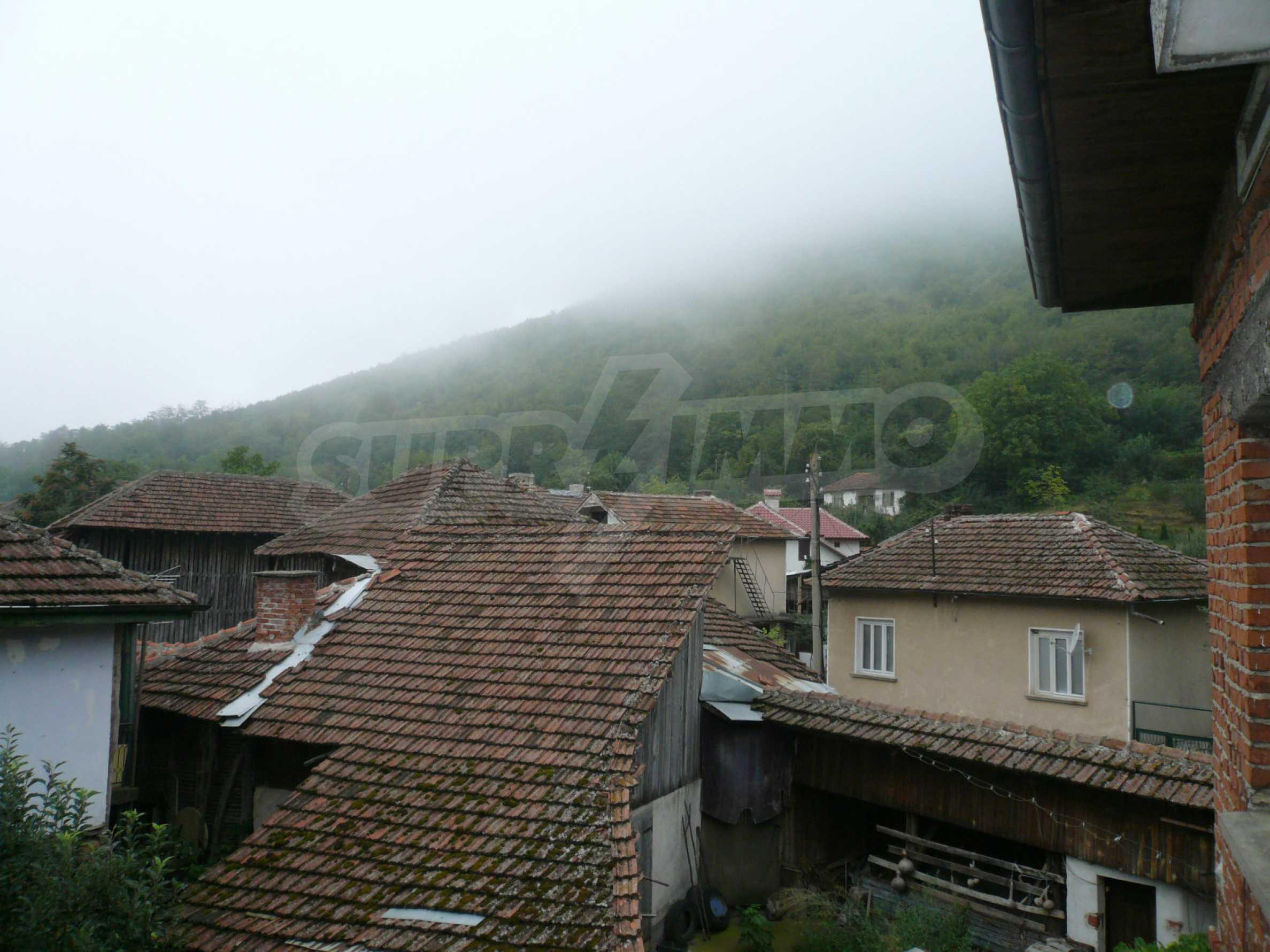 Wunderschönes massives Haus 27 km von Belogradchik entfernt 17