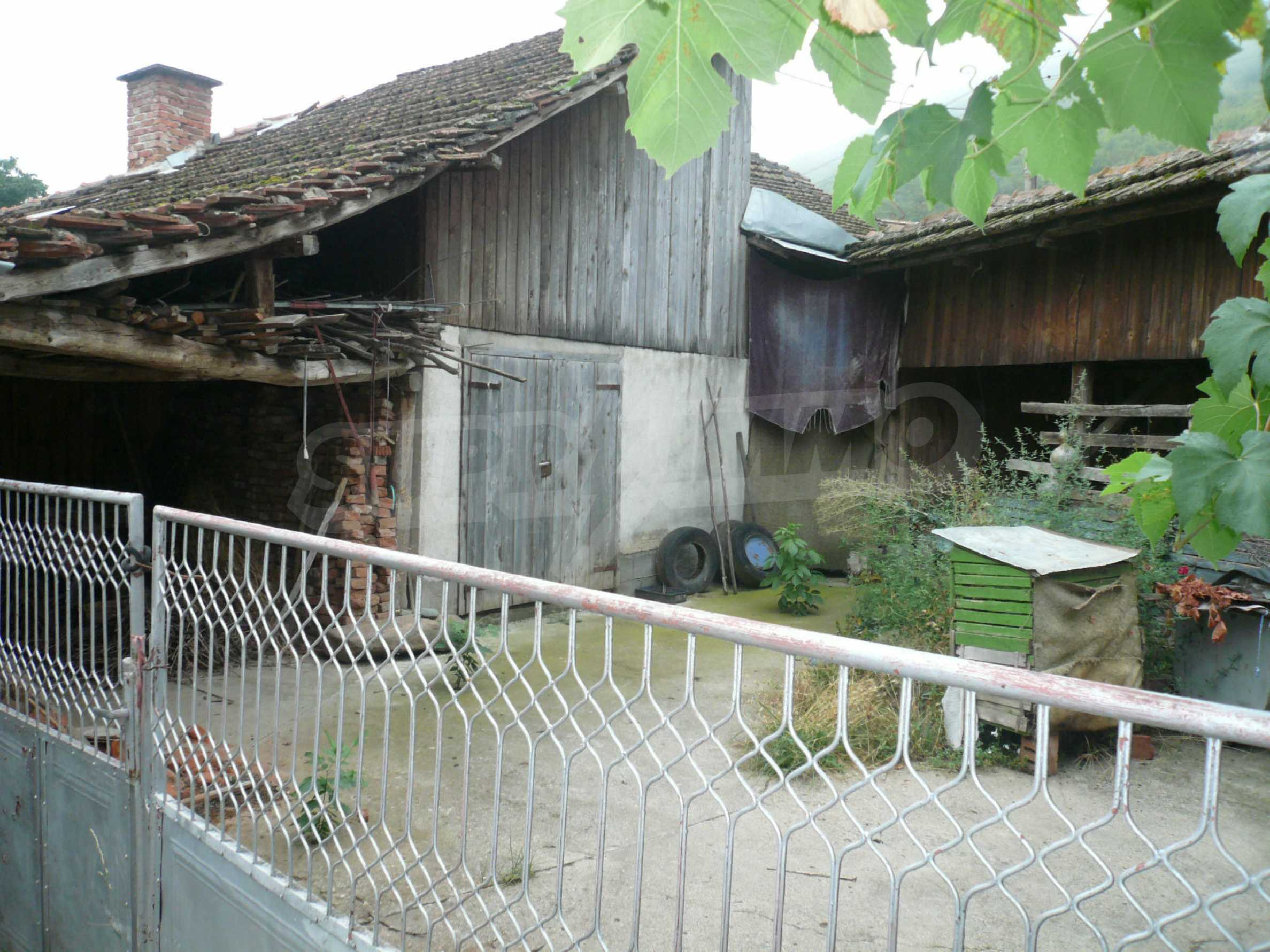 Wunderschönes massives Haus 27 km von Belogradchik entfernt 20