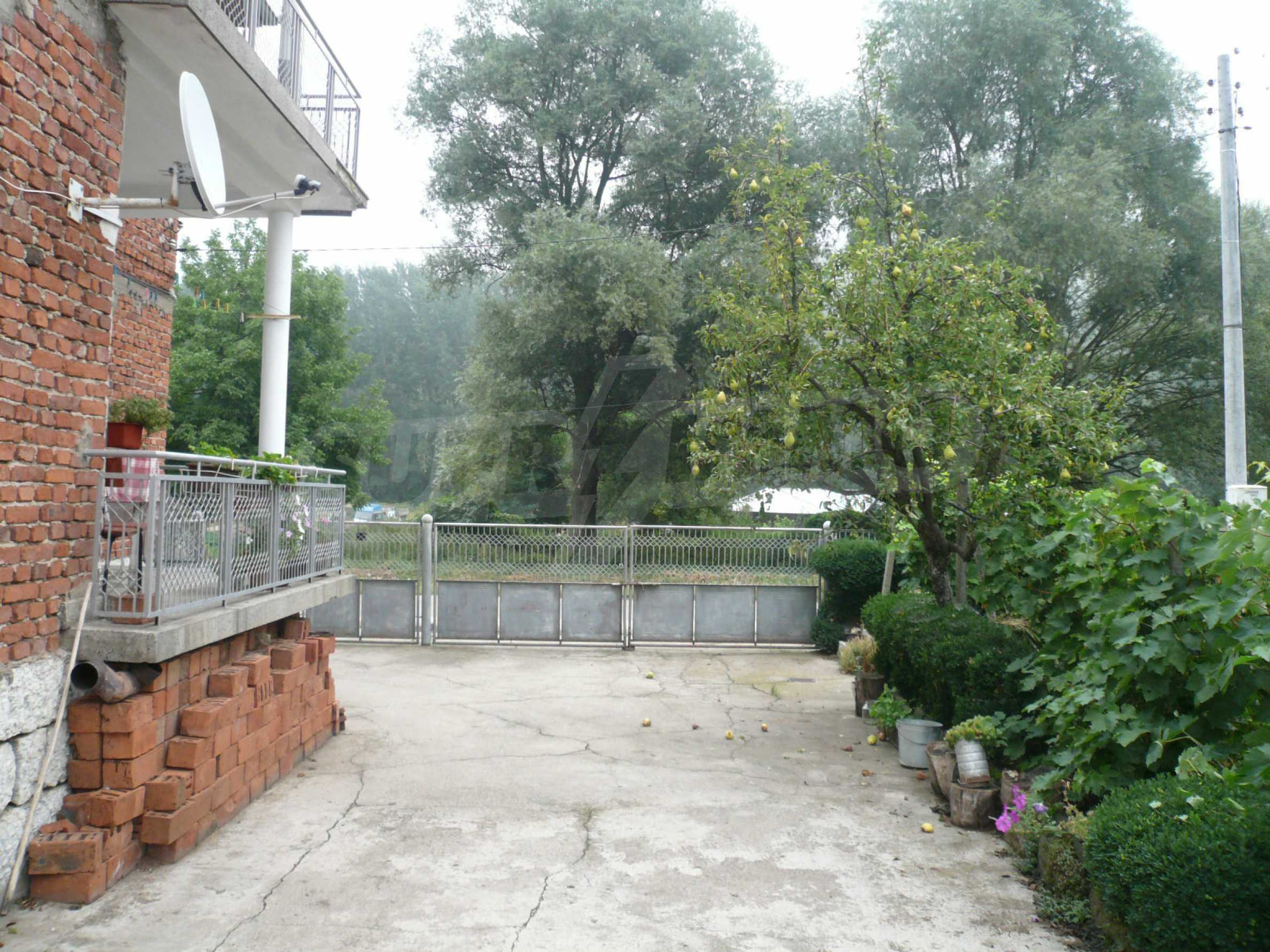 Nice solid house 27 km from Belogradchik 21