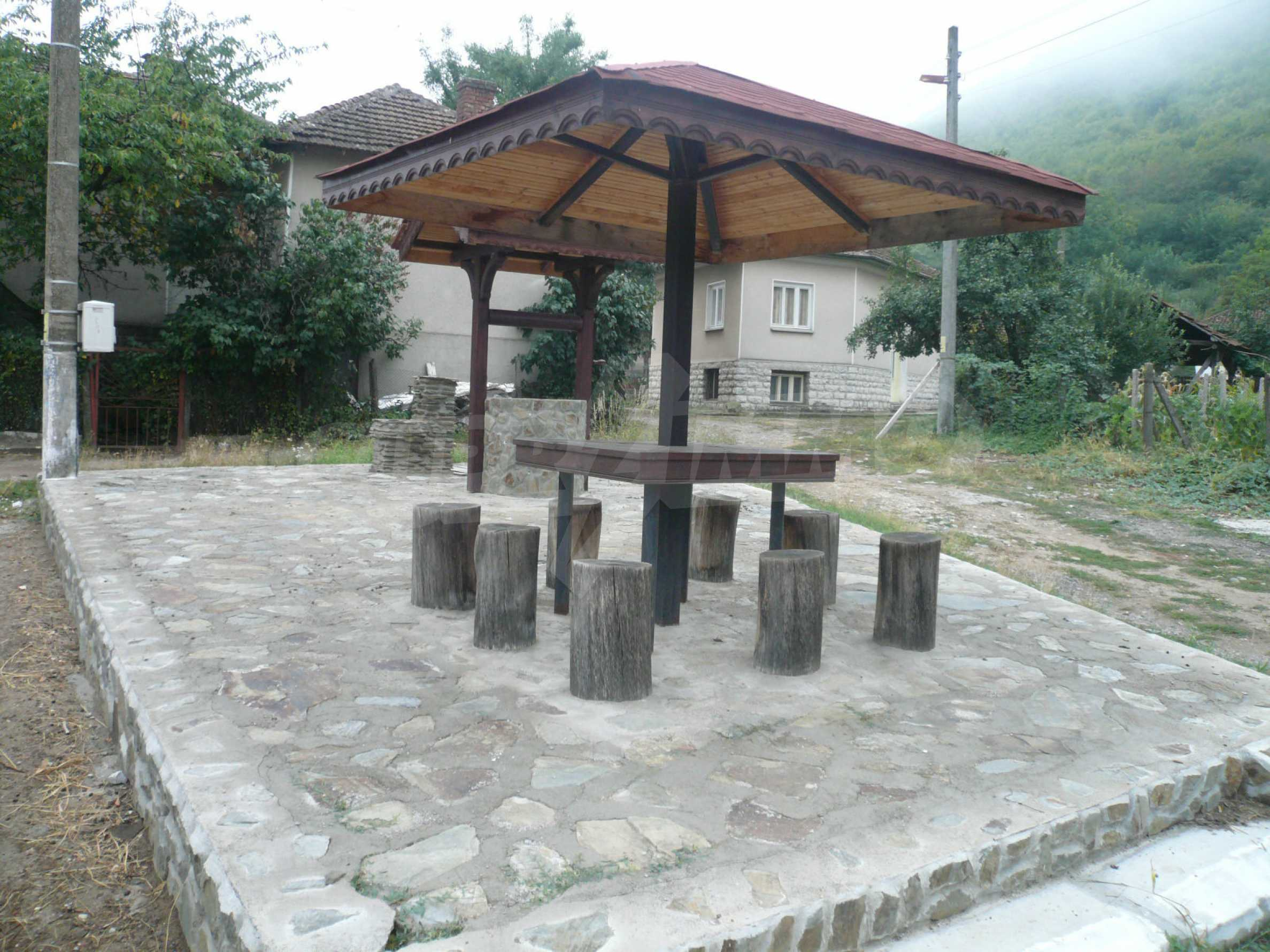 Nice solid house 27 km from Belogradchik 25