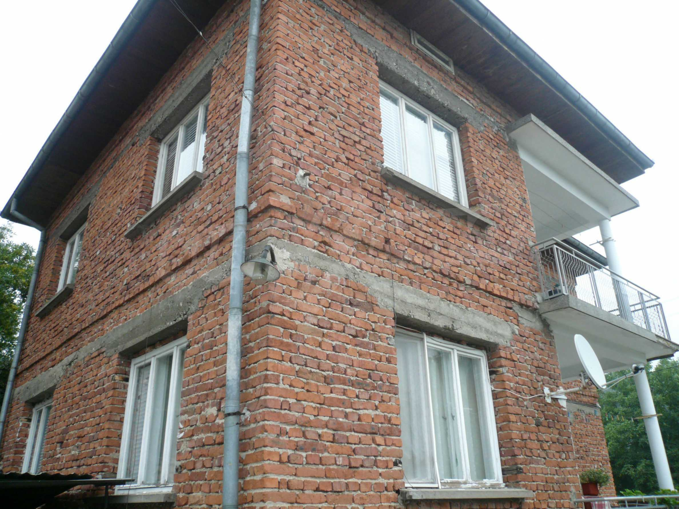 Nice solid house 27 km from Belogradchik 2