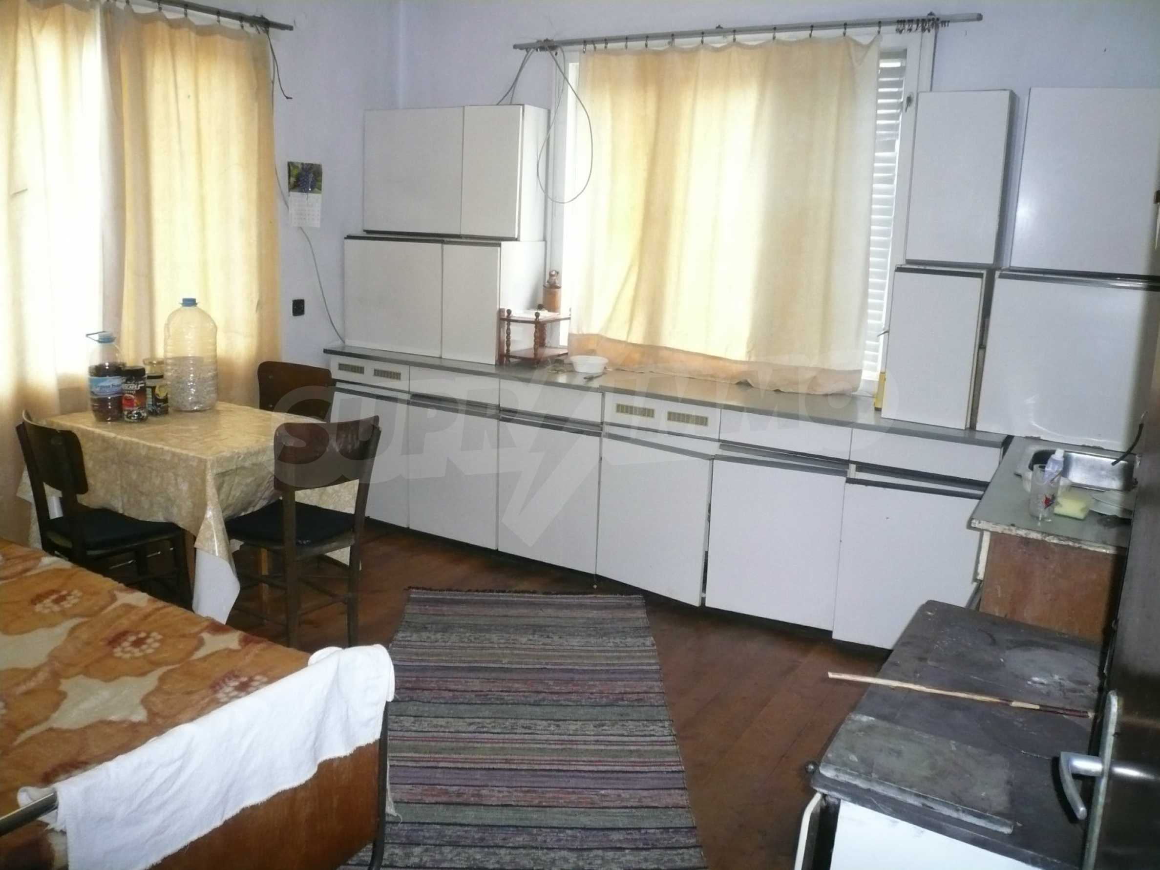 Nice solid house 27 km from Belogradchik 7
