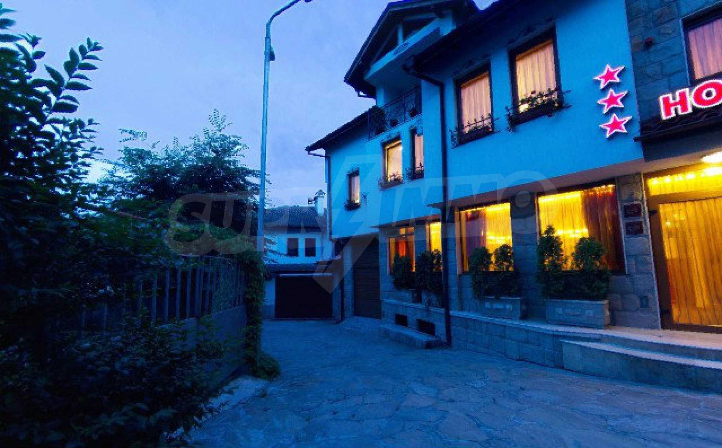 Cozy hotel in the old part of Veliko Tarnovo 2