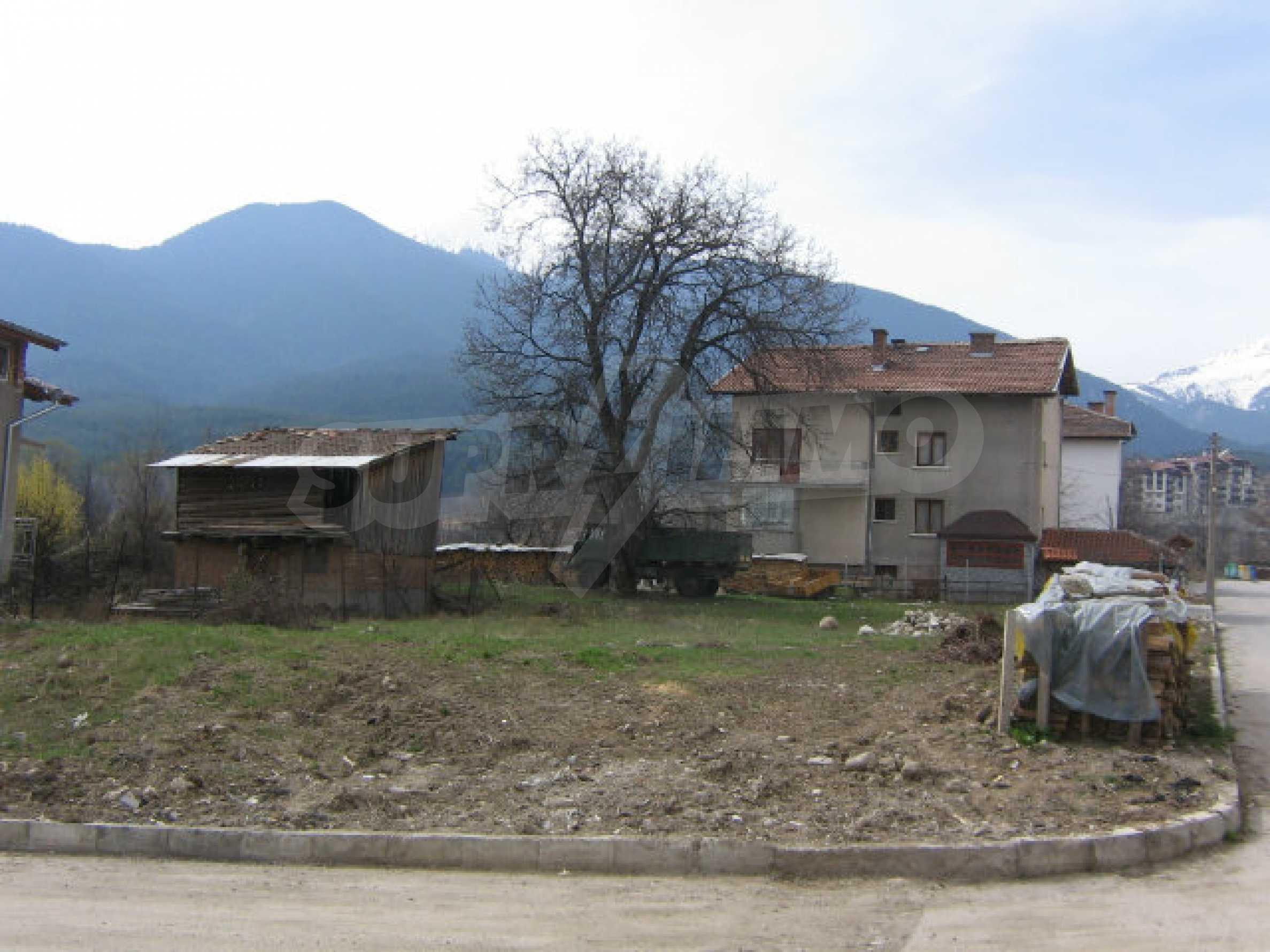 Grundstück mit genehmigtem Projekt zum Verkauf in Bansko 9