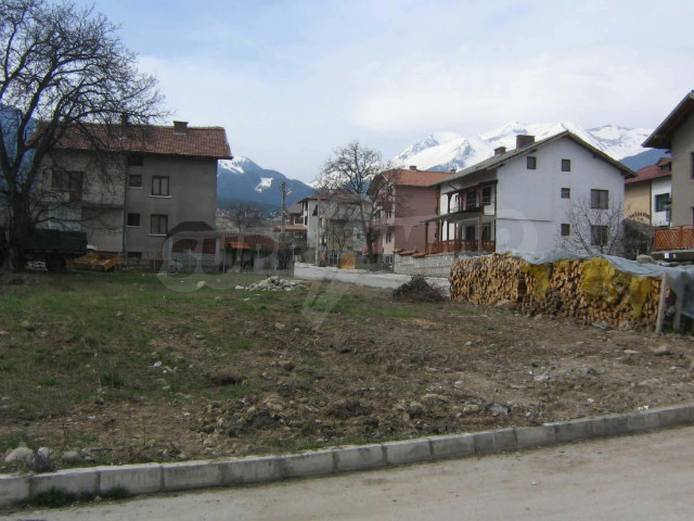 Grundstück mit genehmigtem Projekt zum Verkauf in Bansko 10