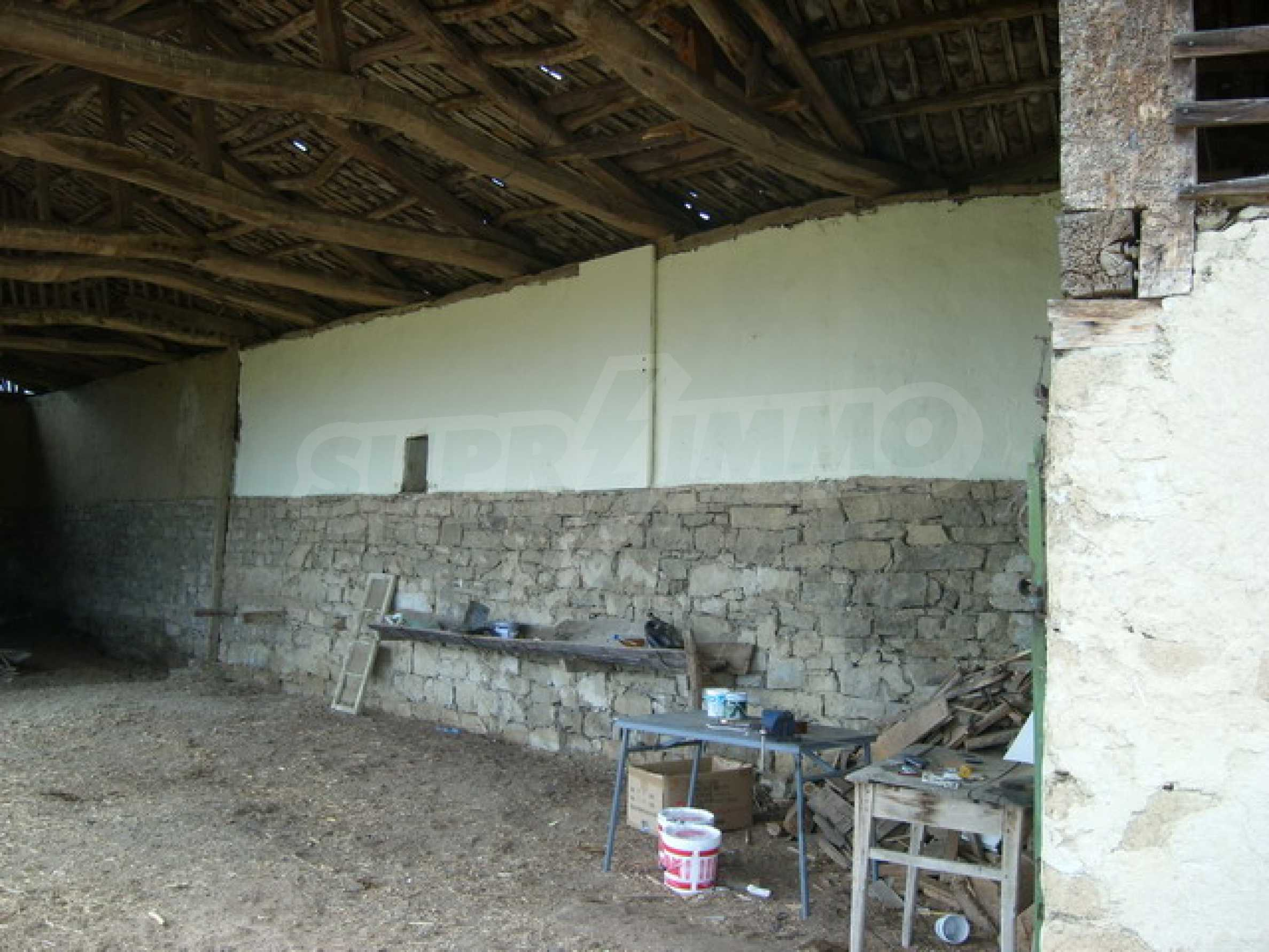 Красив имот в село до Велико Търново 49