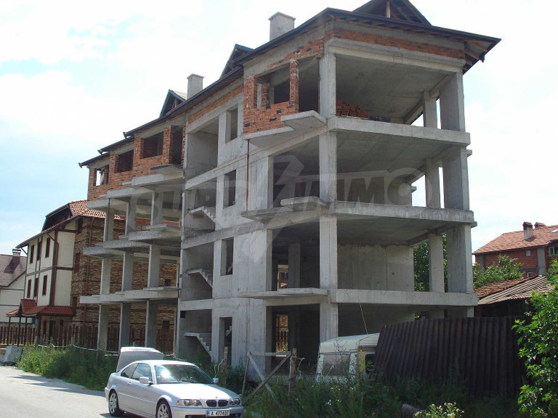Three-storey hotel at shell stage for sale in Bansko  9