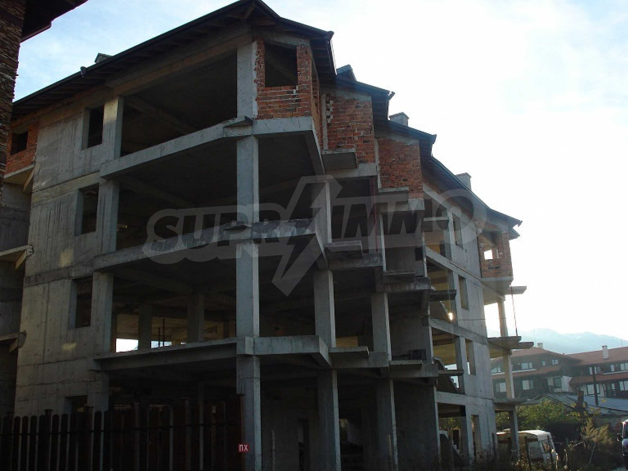 Three-storey hotel at shell stage for sale in Bansko  2