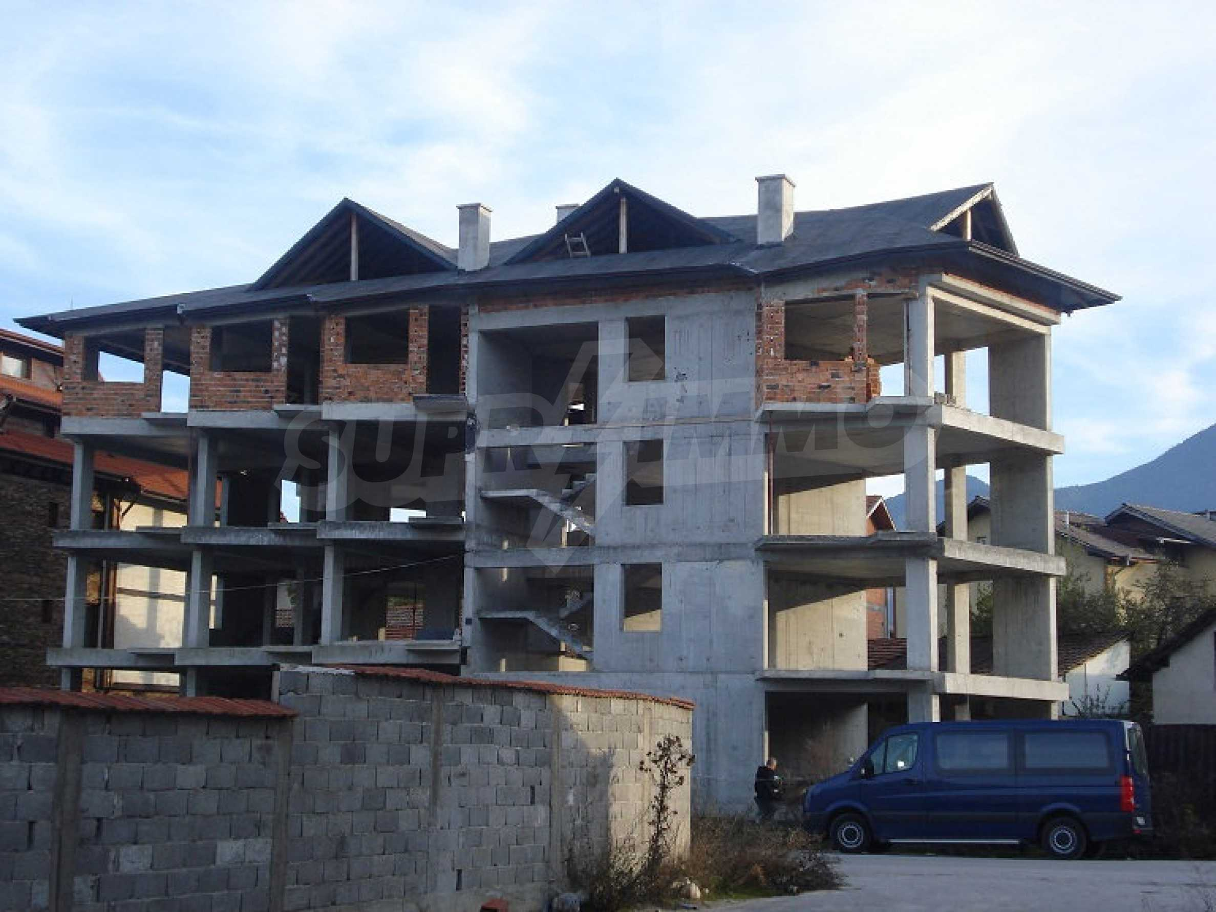 Three-storey hotel at shell stage for sale in Bansko  8