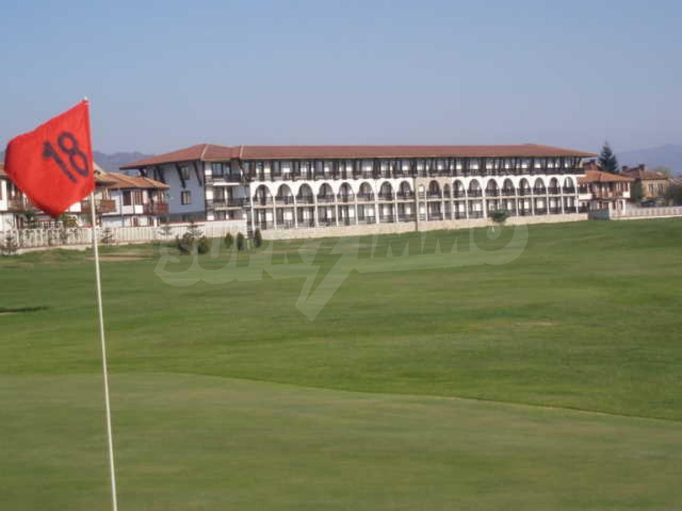 Сграда до Air Sofia Golf Club 24