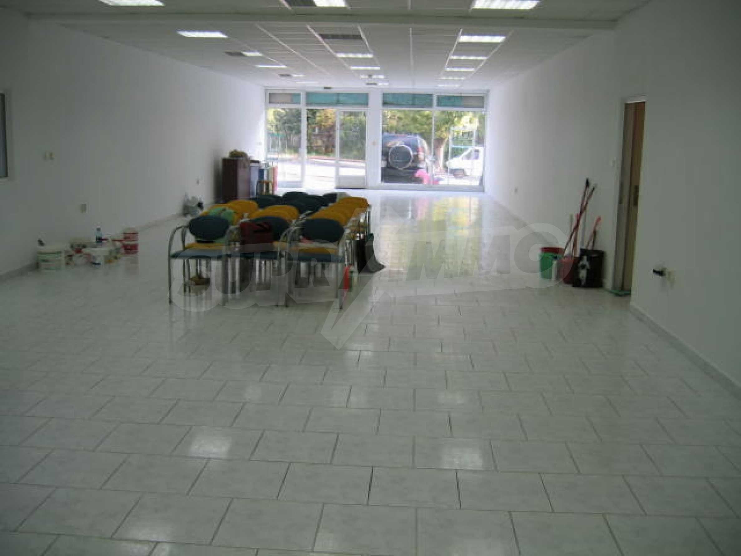 Shop for rent 4