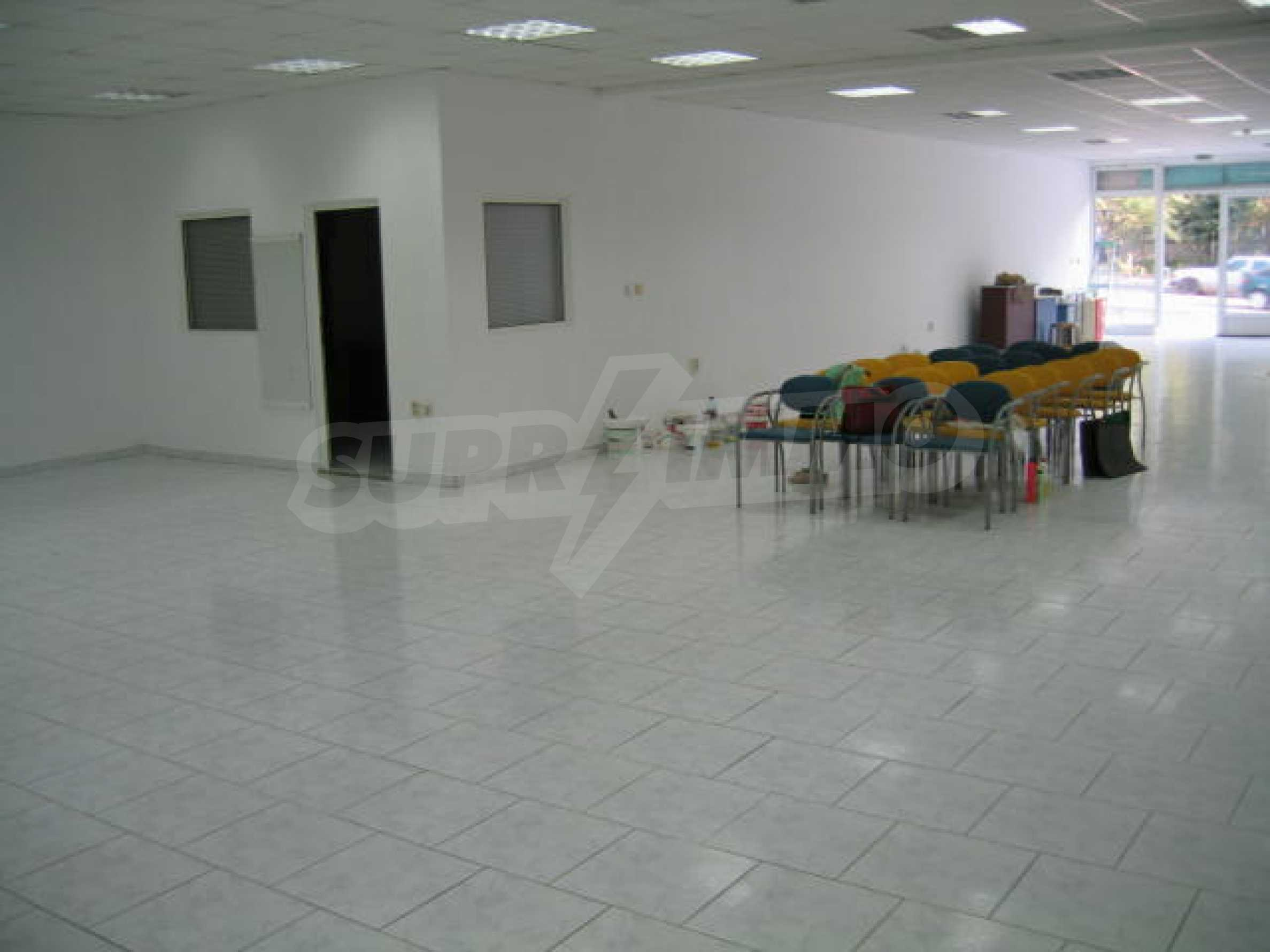 Shop for rent 5