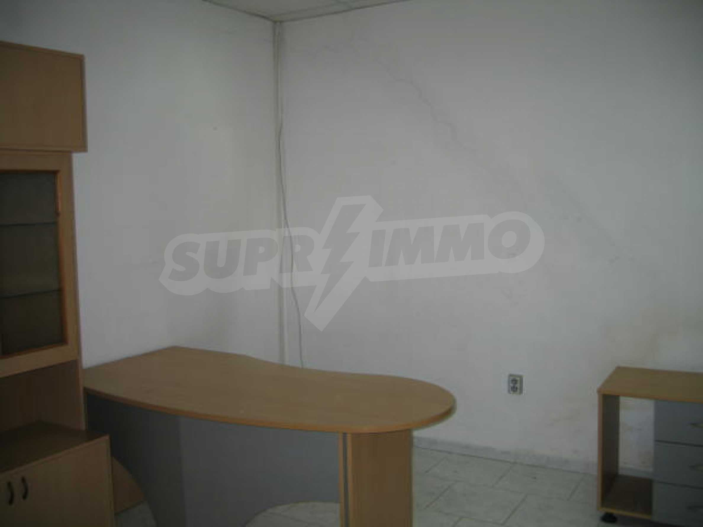 Shop for rent 6
