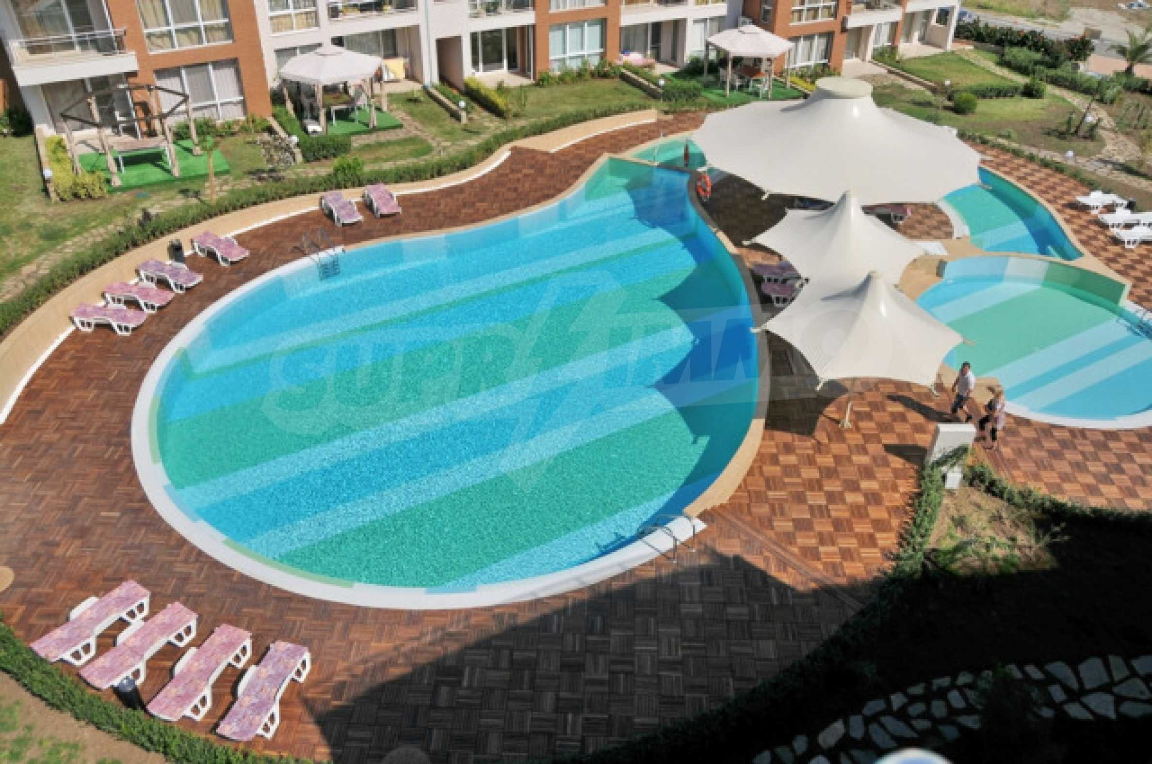 Комплекс Sunny Island в Черноморец 10
