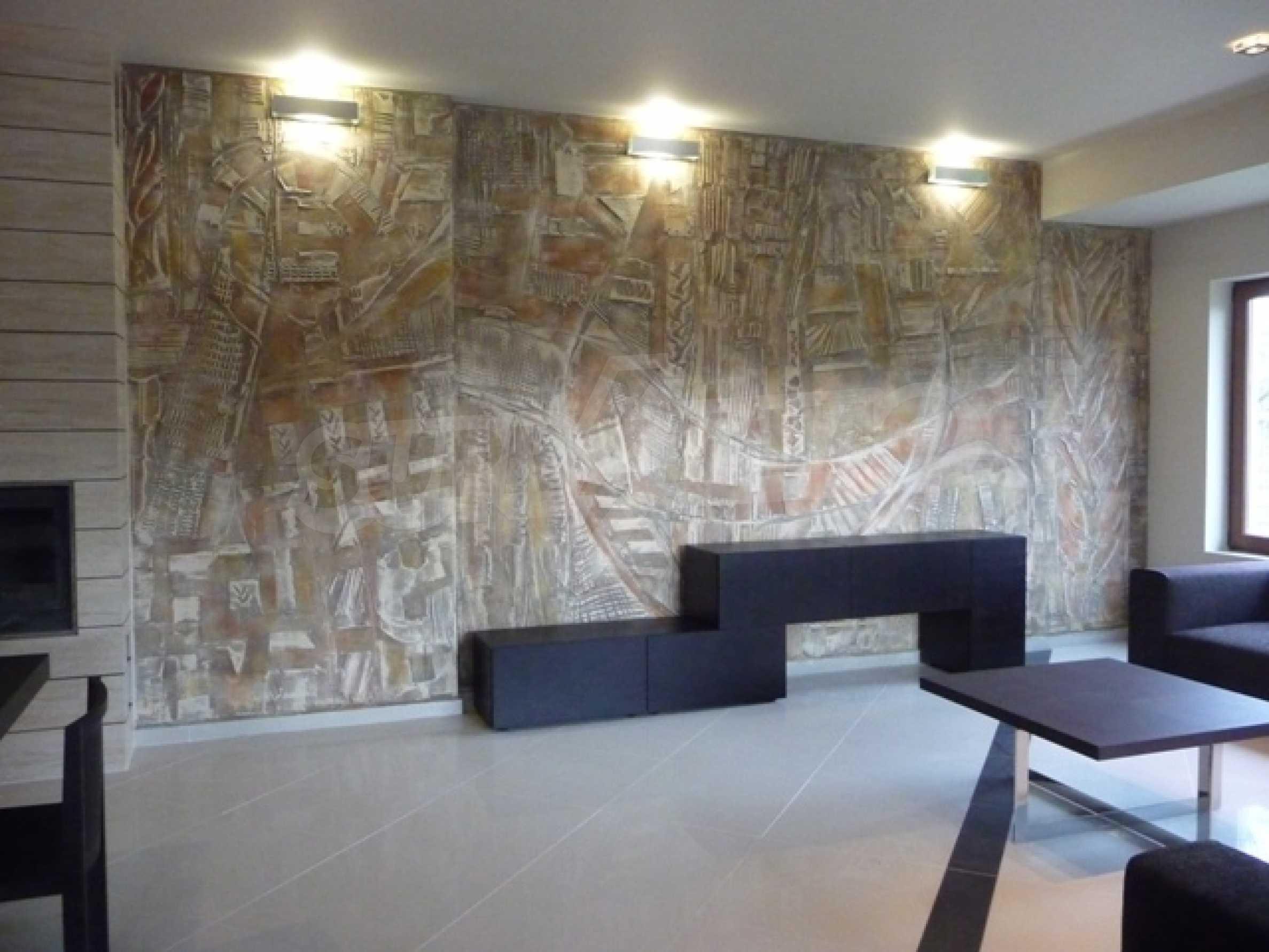 Еднофамилни двуетажни къщи в живописна зона между Варна и Златни пясъци 48