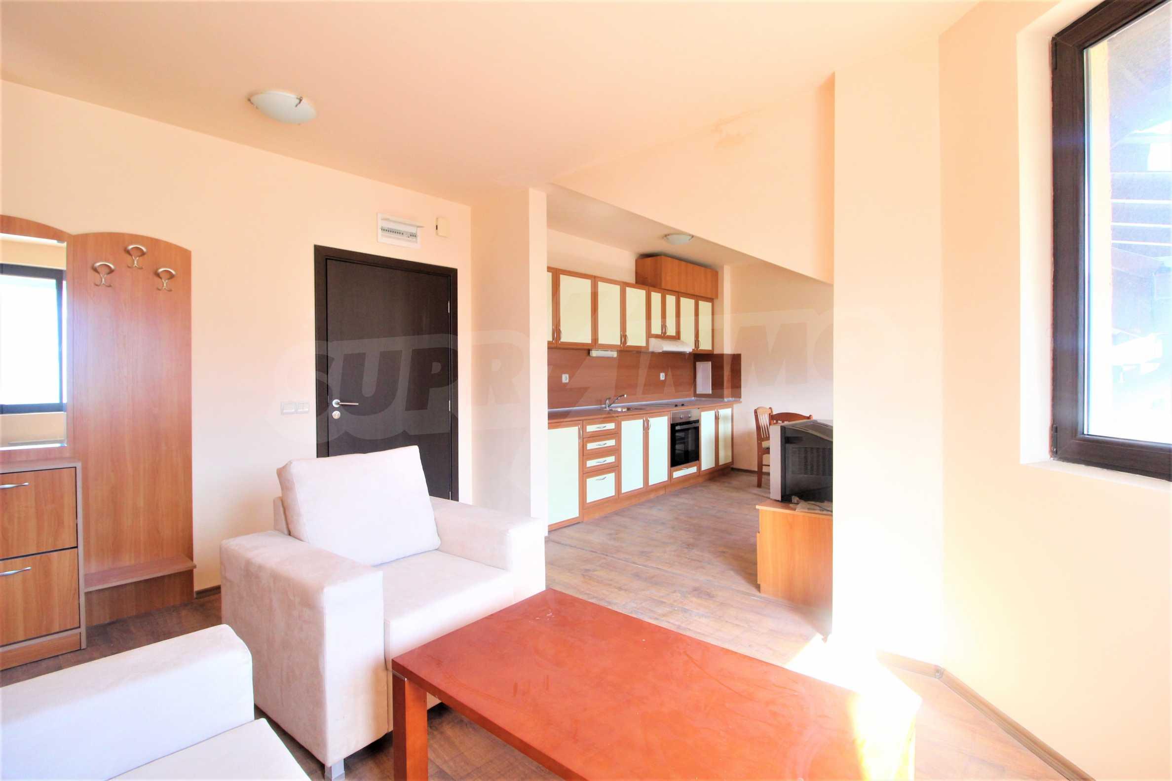 Удобен двустаен апартамент в гр. Банско 2