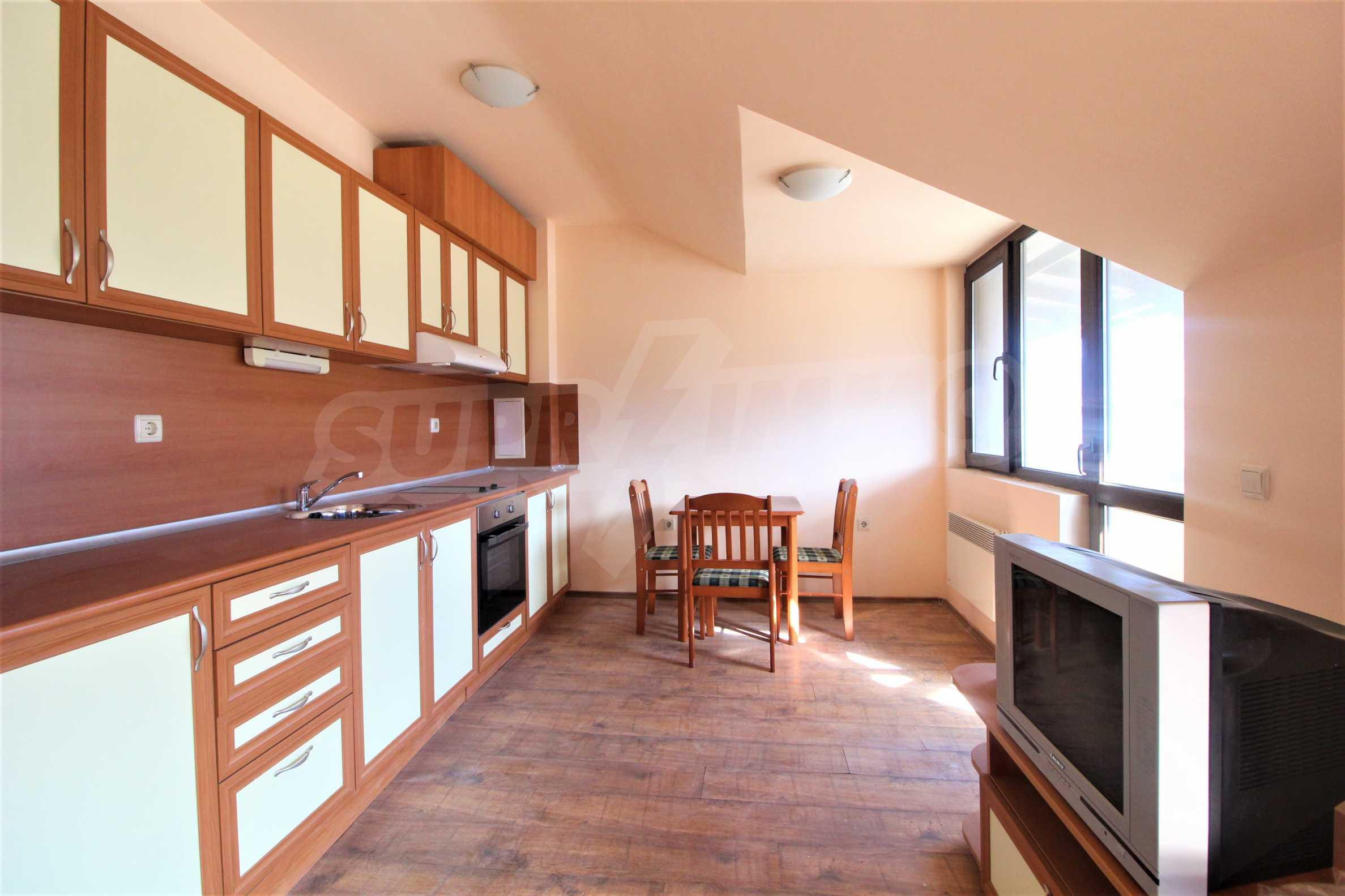 Удобен двустаен апартамент в гр. Банско 3