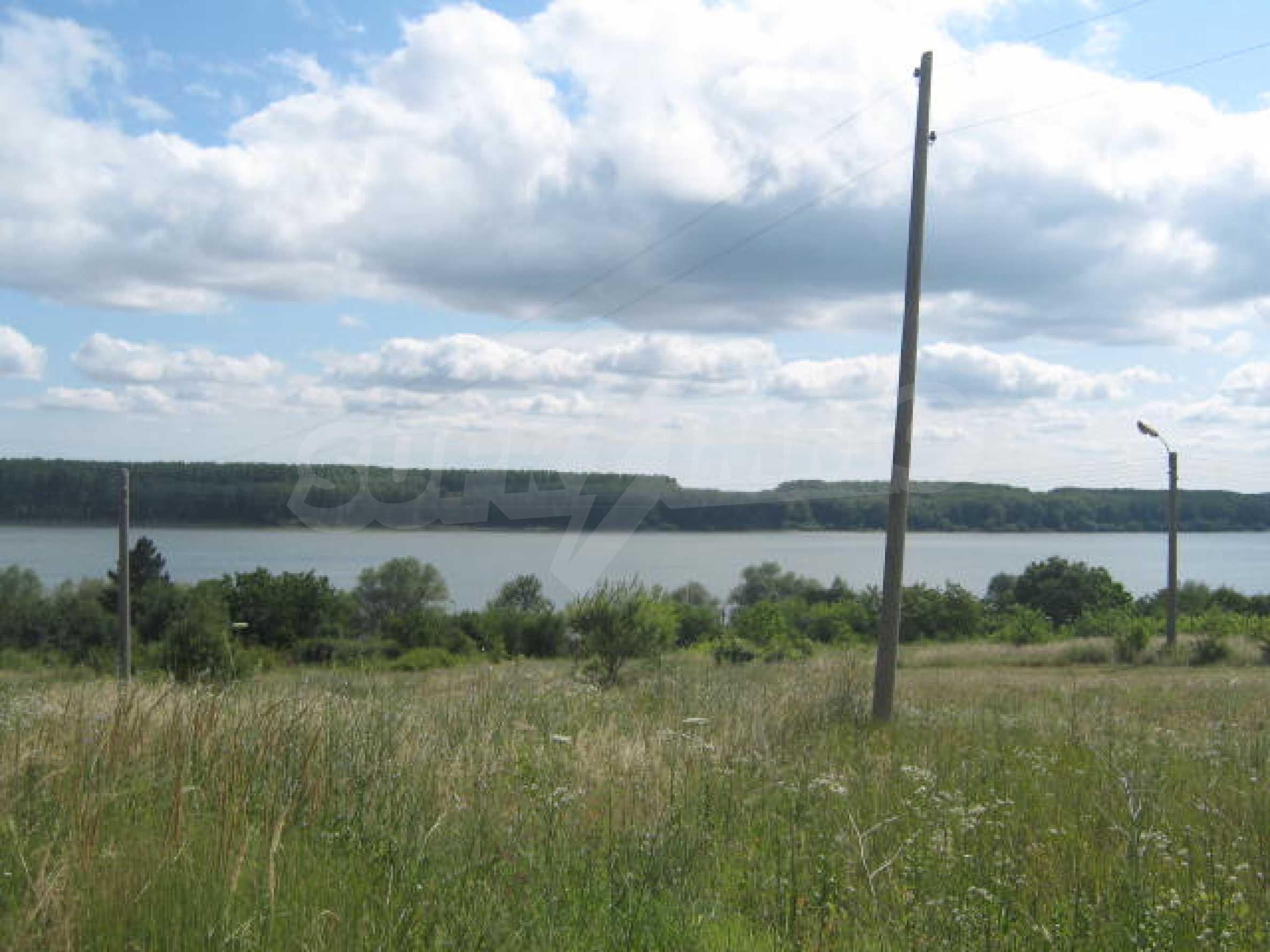 Сельскохозяйственная земля недалеко от города Видин